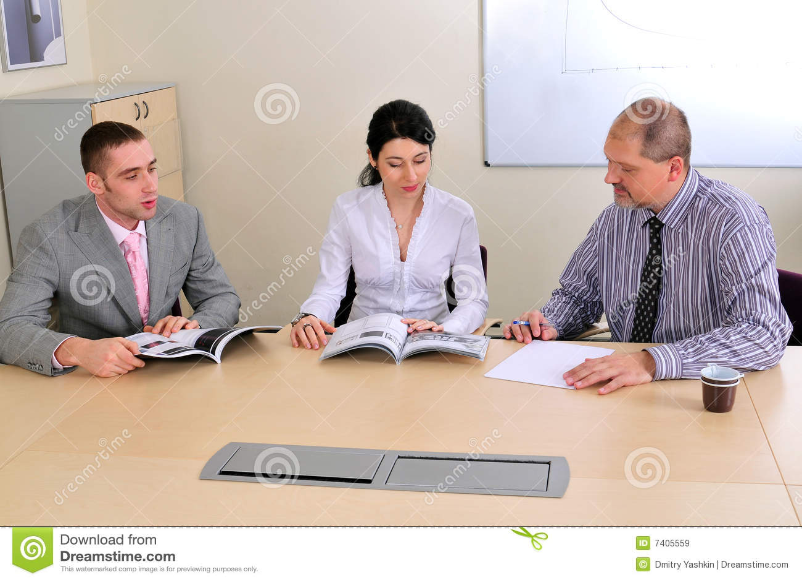 Da factura e da apresentação do encontro