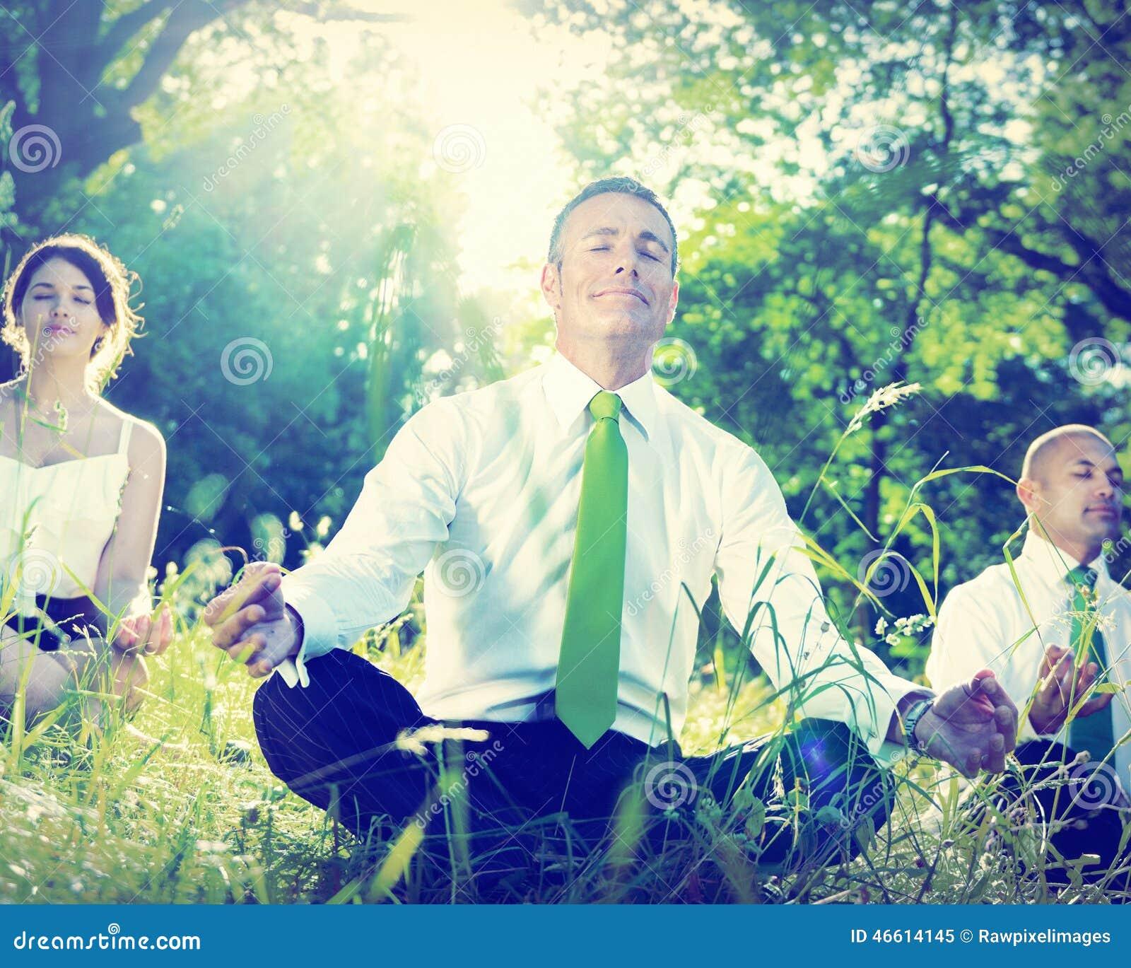 Da ioga do abrandamento executivos do conceito do bem estar