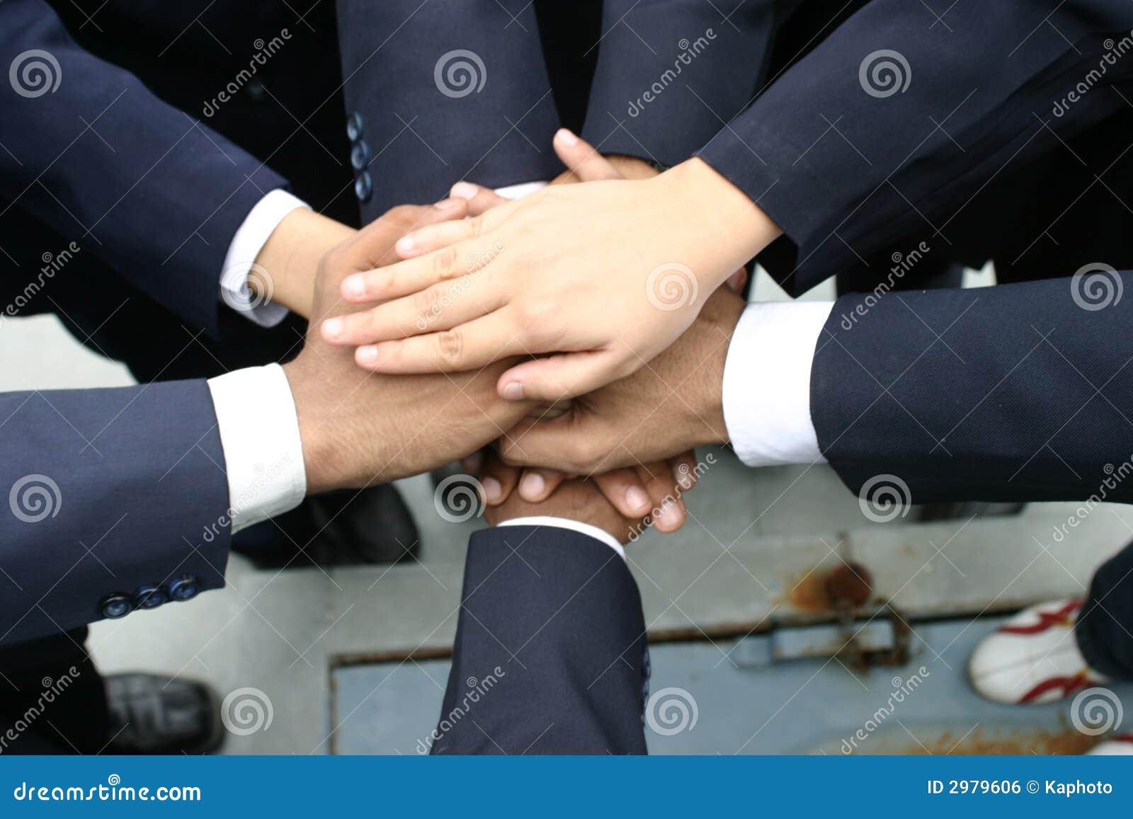 Da trabajo en equipo