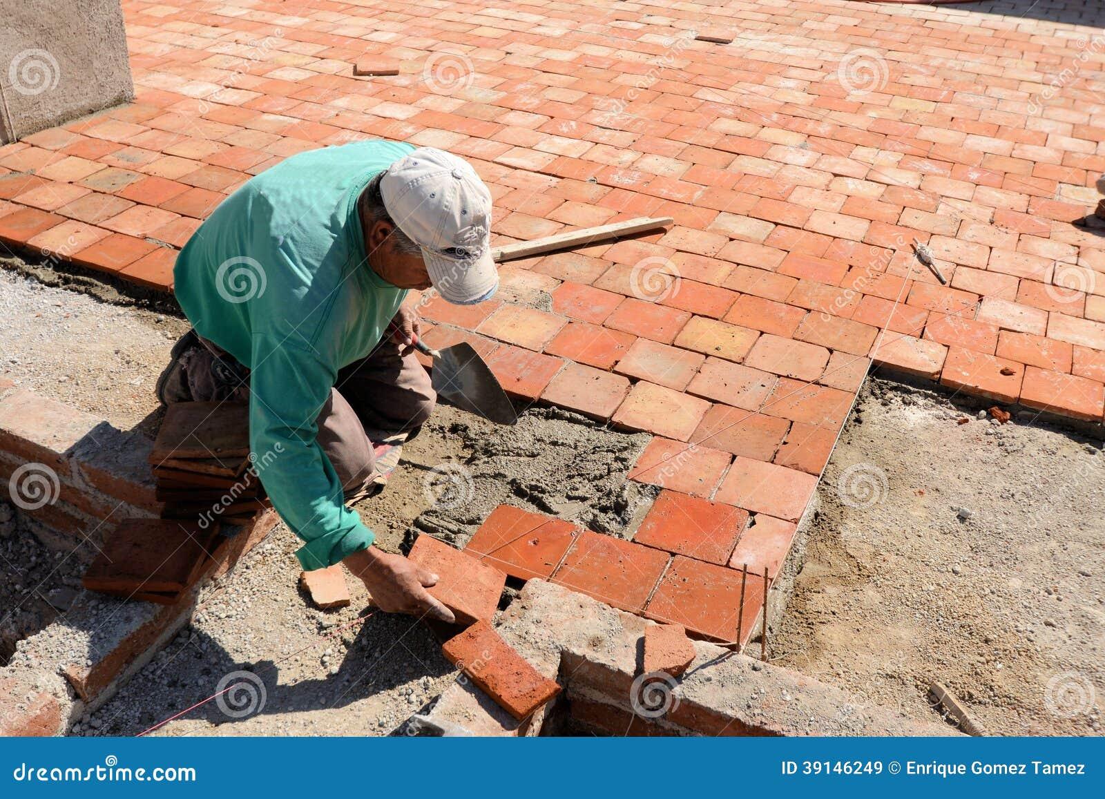 Dachplatteinstallation