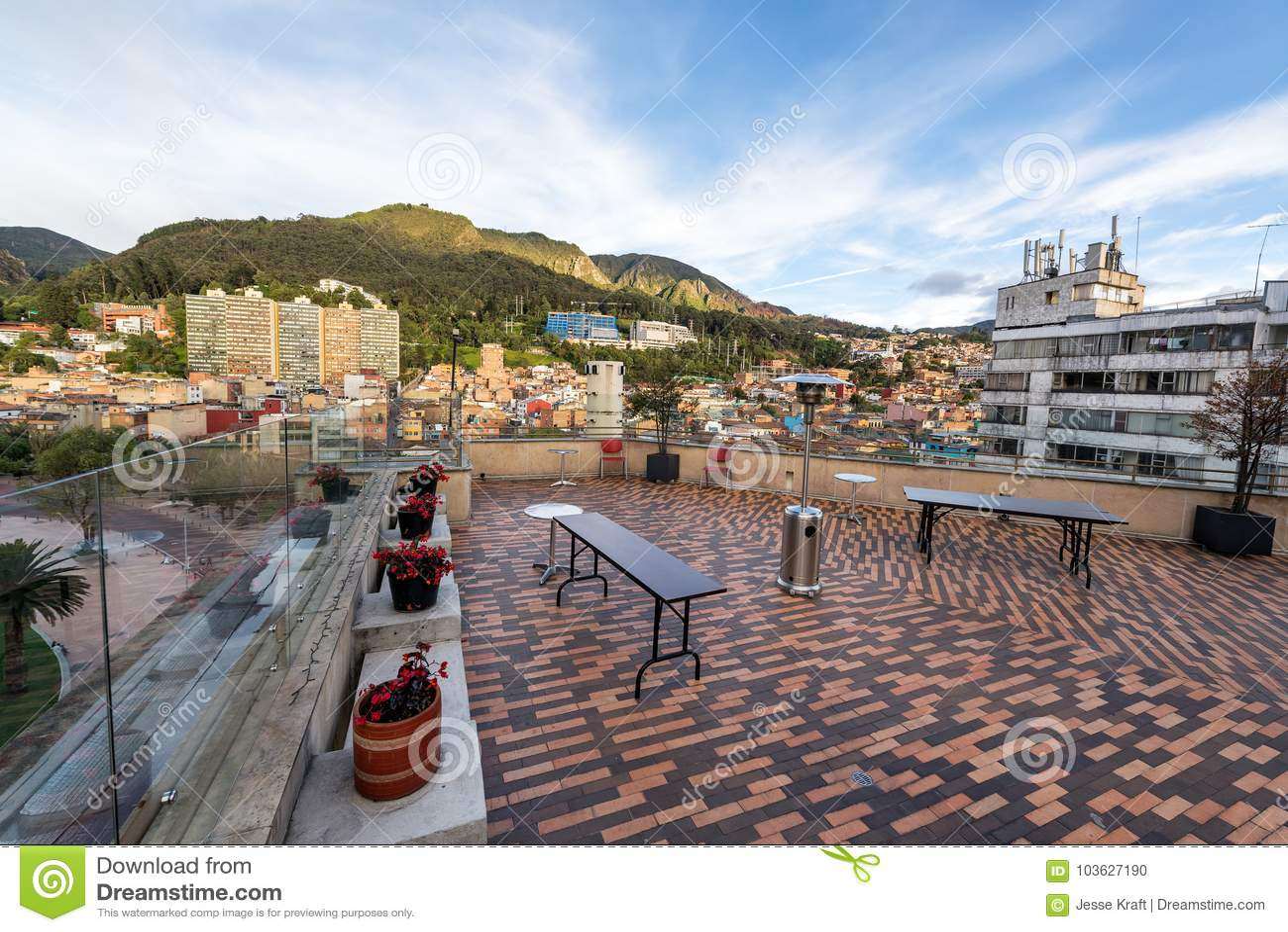 Dachspitzen-Patio in Bogota, Kolumbien