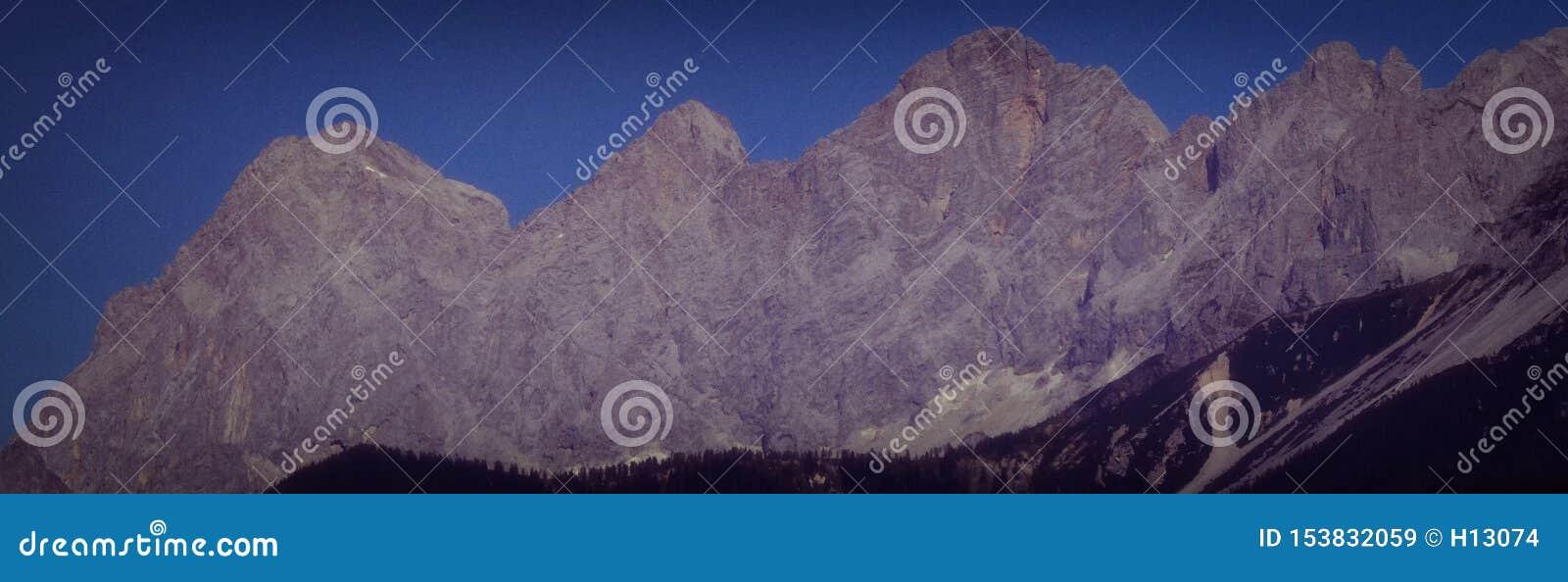 Dachstein石灰石断层块