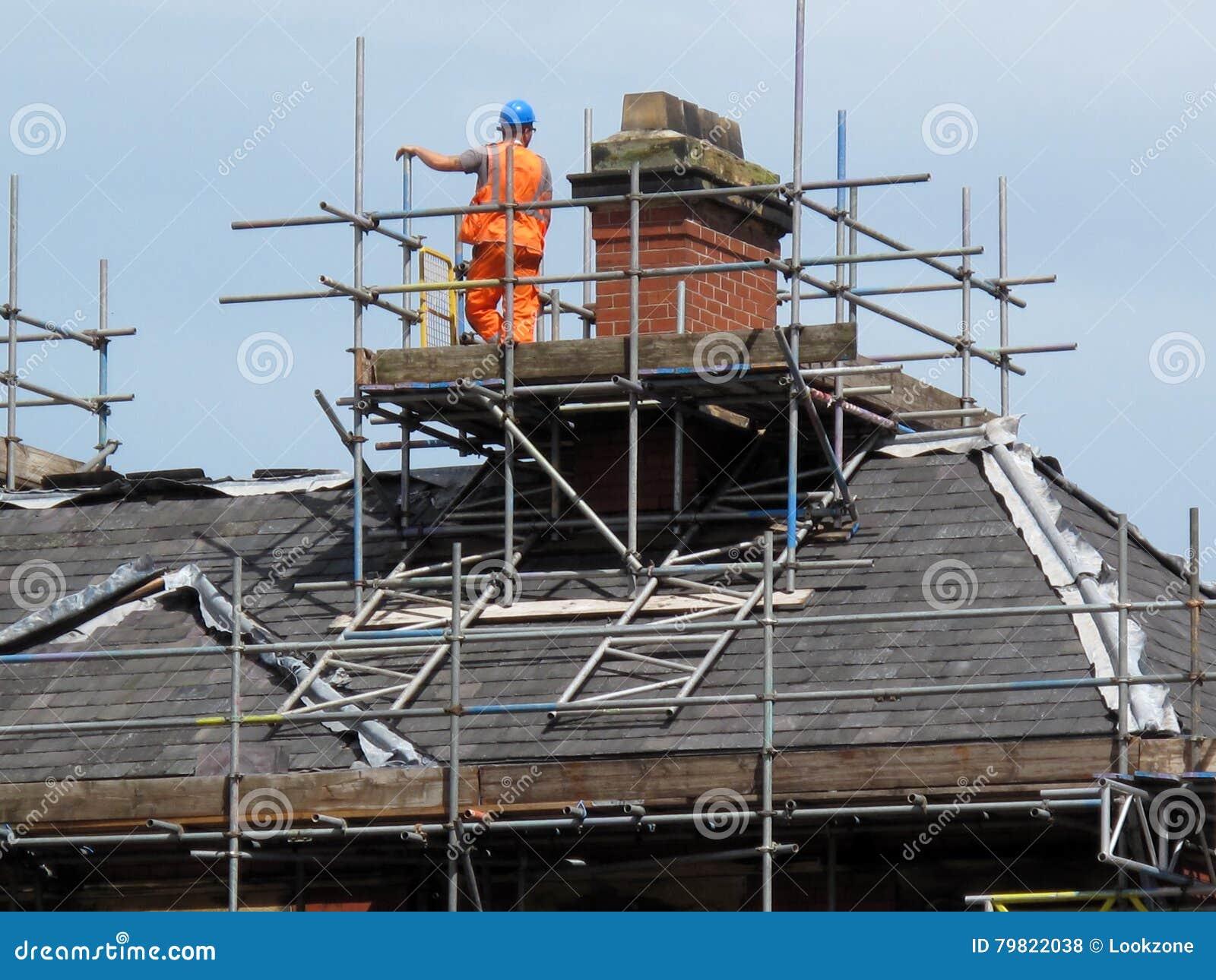 Dachu i kominu naprawa