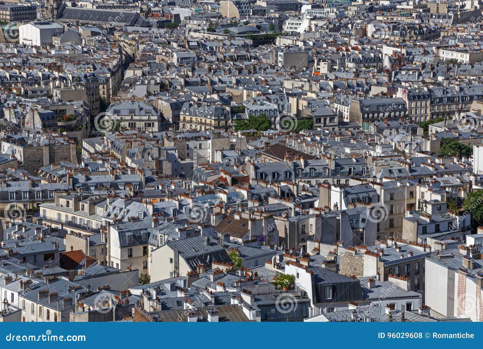Dachy budynki the18th arrondissement