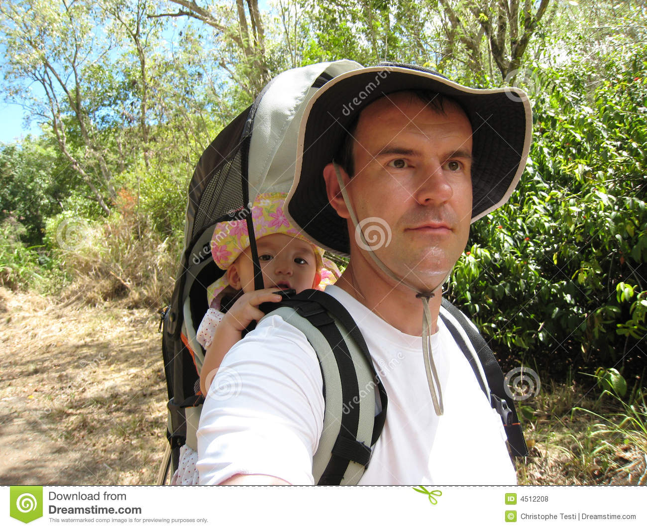 dad hiking with baby daugther royalty free stock photos image