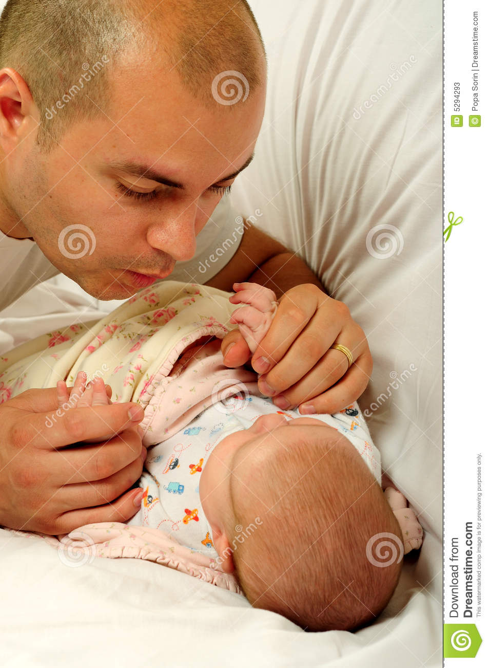 Dating a girl with a baby daddy
