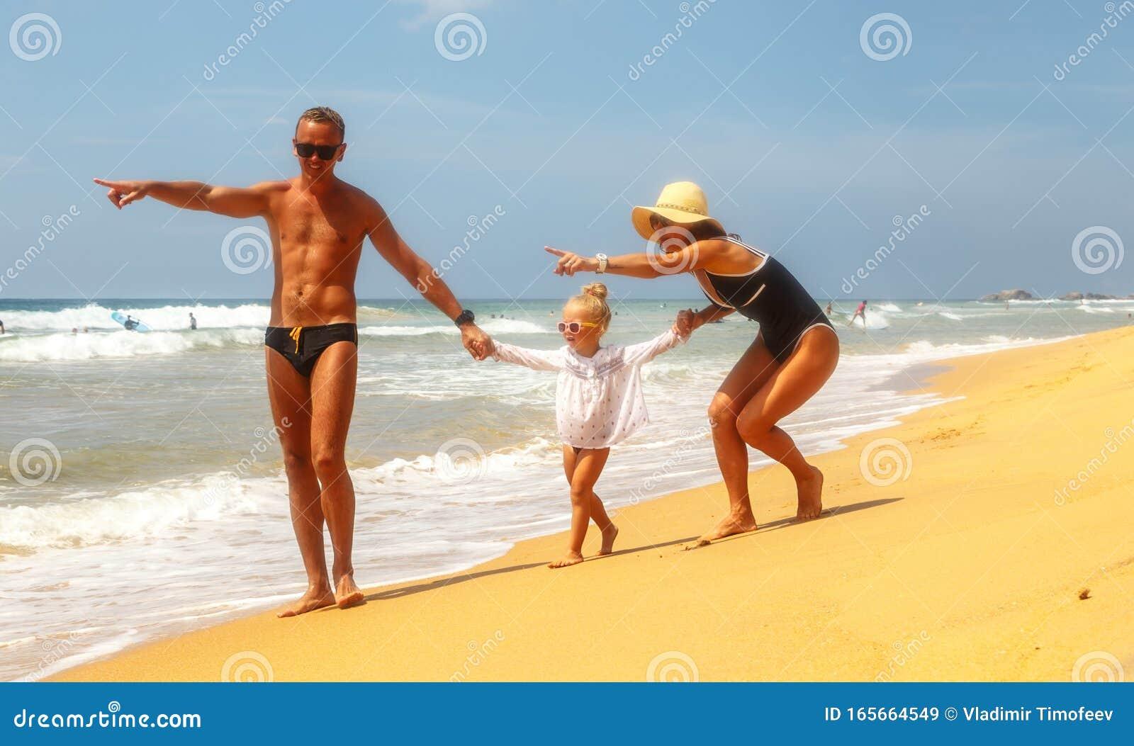 Resort dads moms and Live Cam