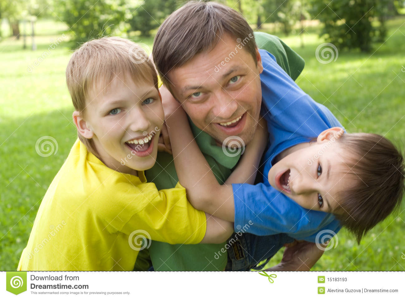 Dad plays with young children