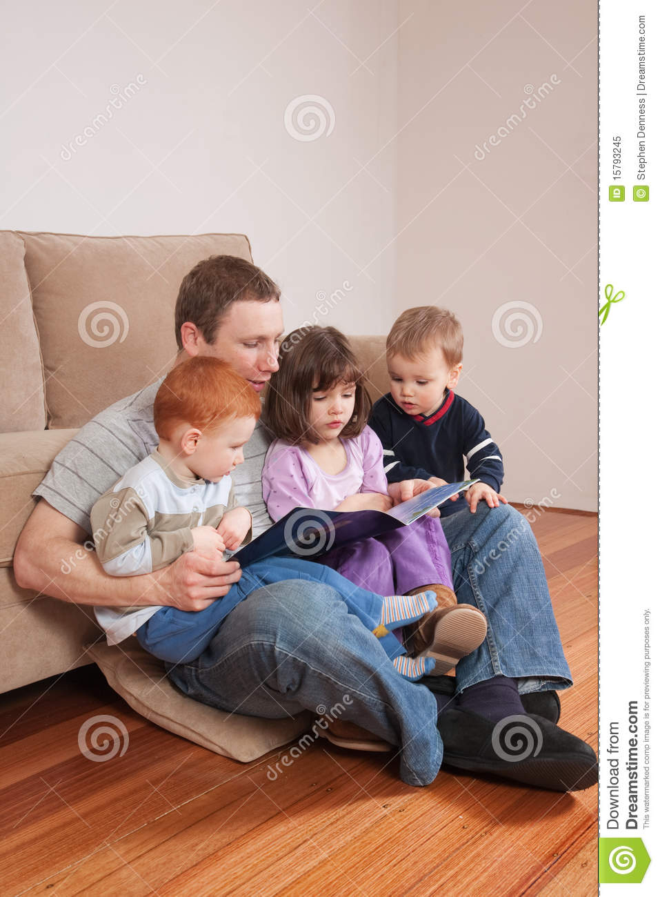 Dad Reading Story To Kids Royalty Free Stock Photo - Image: 15793245