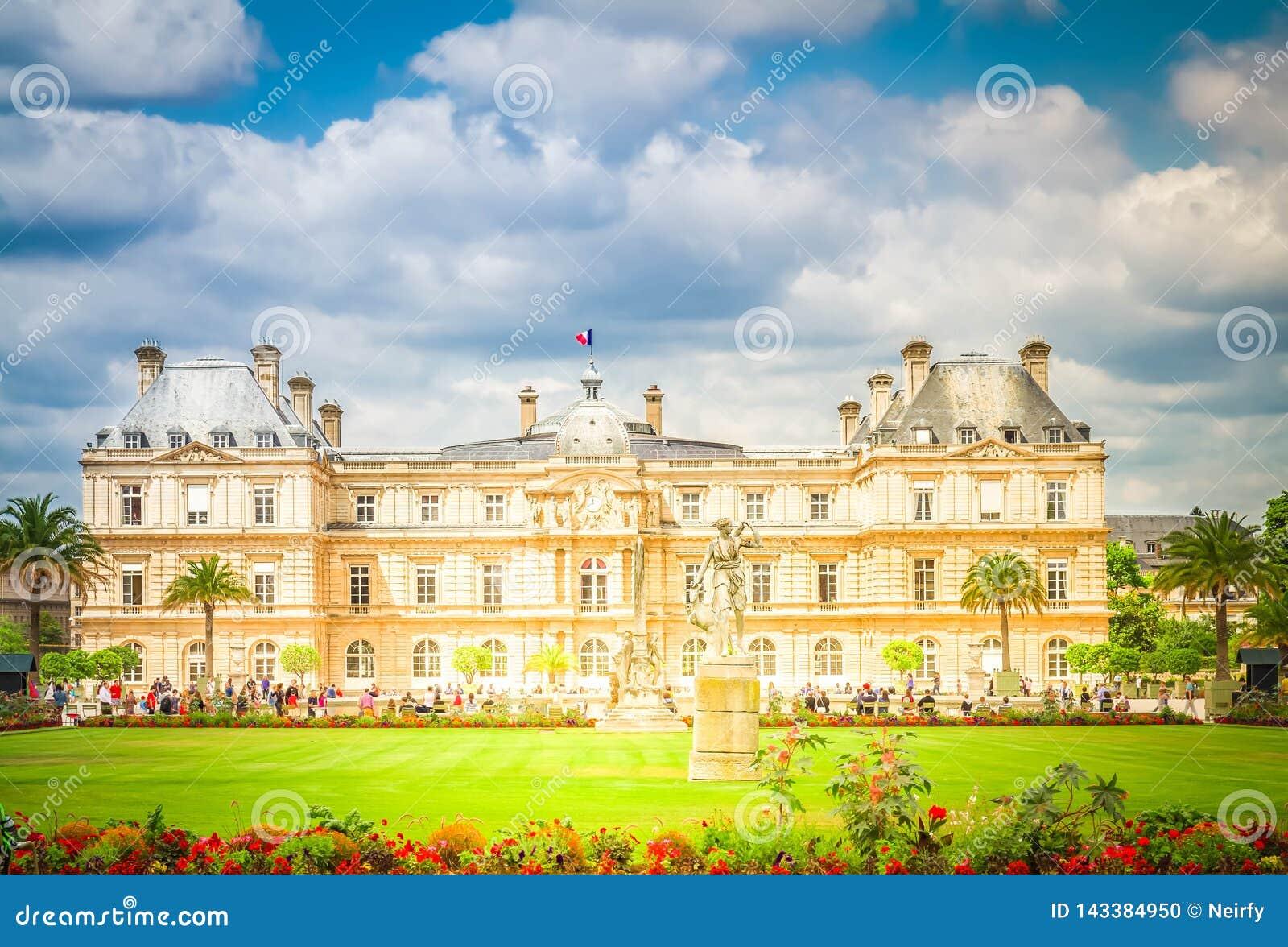 Dag trädgårds- luxembourg paris september