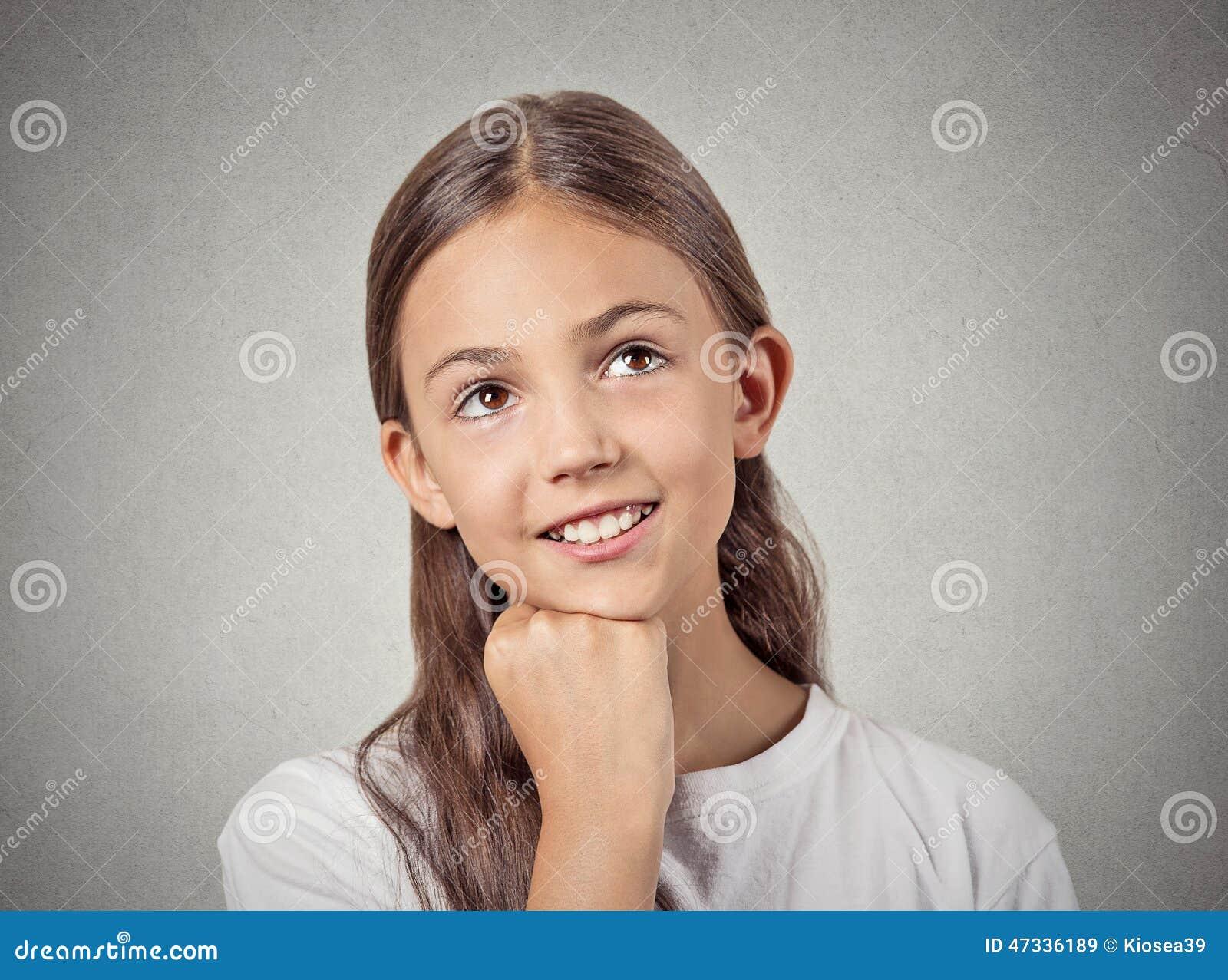 Dagdromenkind glimlachend meisje stock afbeelding afbeelding 47336189 - Tiener meubilair ruimte meisje ...