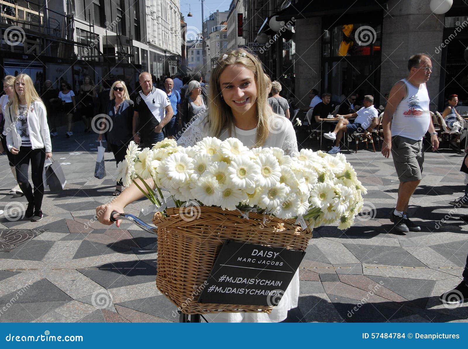 Daisy perfume by marc jacobs editorial stock image image of daisy perfume by marc jacobs kobenhavn copenhagen izmirmasajfo Images