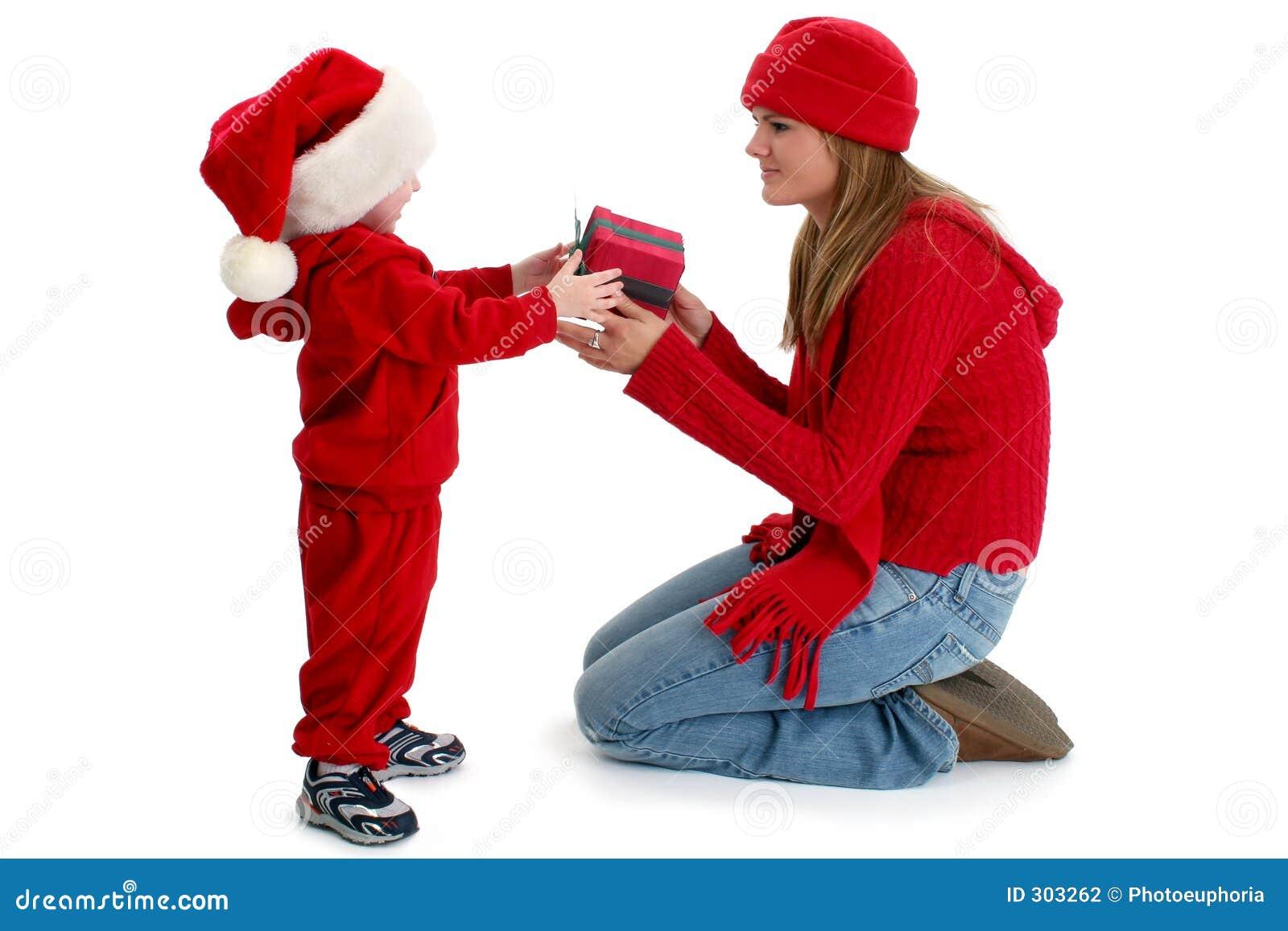 Daj chłopca prezentu paker młode kobiety