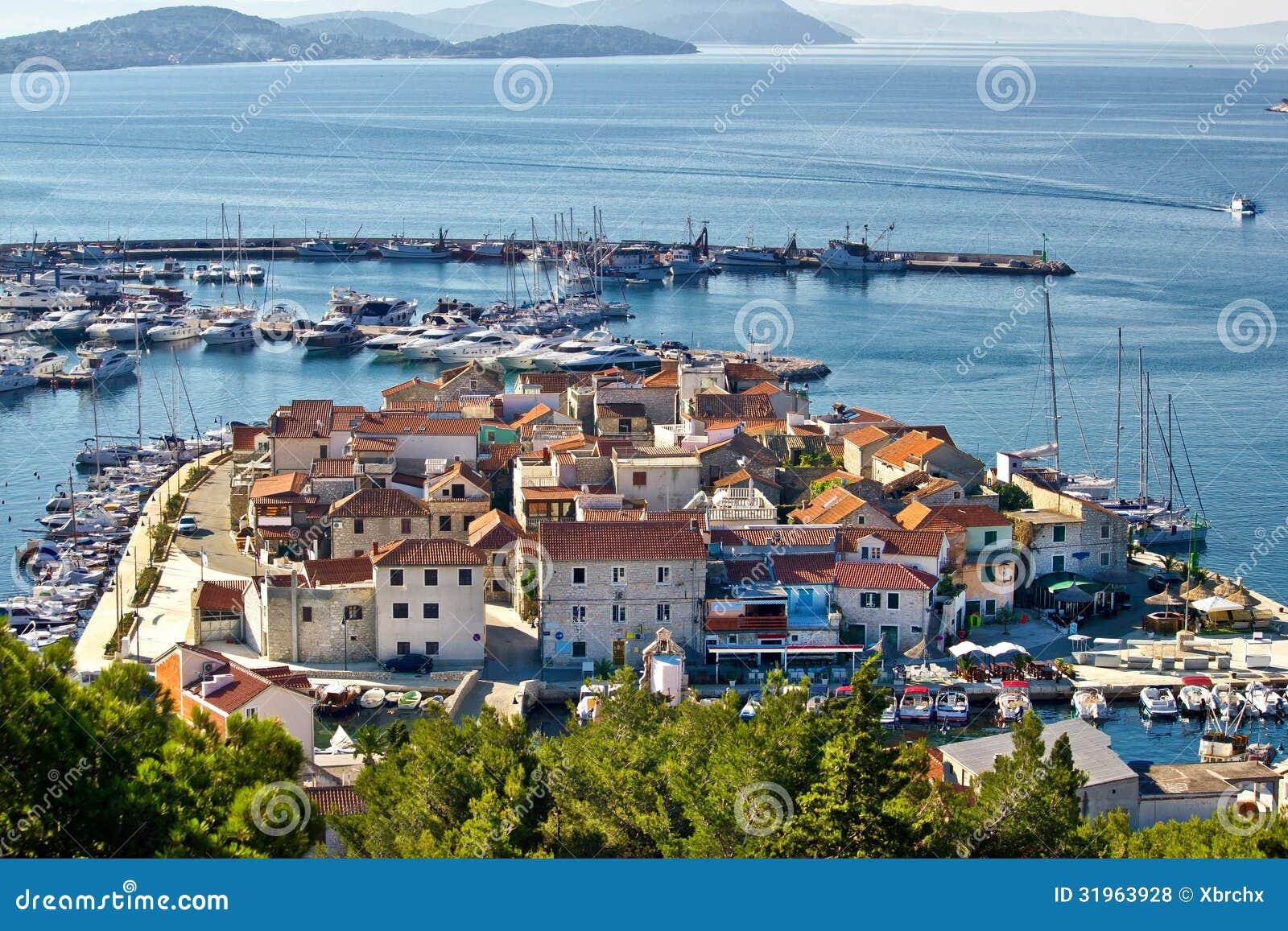 Dalmatyński miasteczko Tribunj, Vodice widok z lotu ptaka