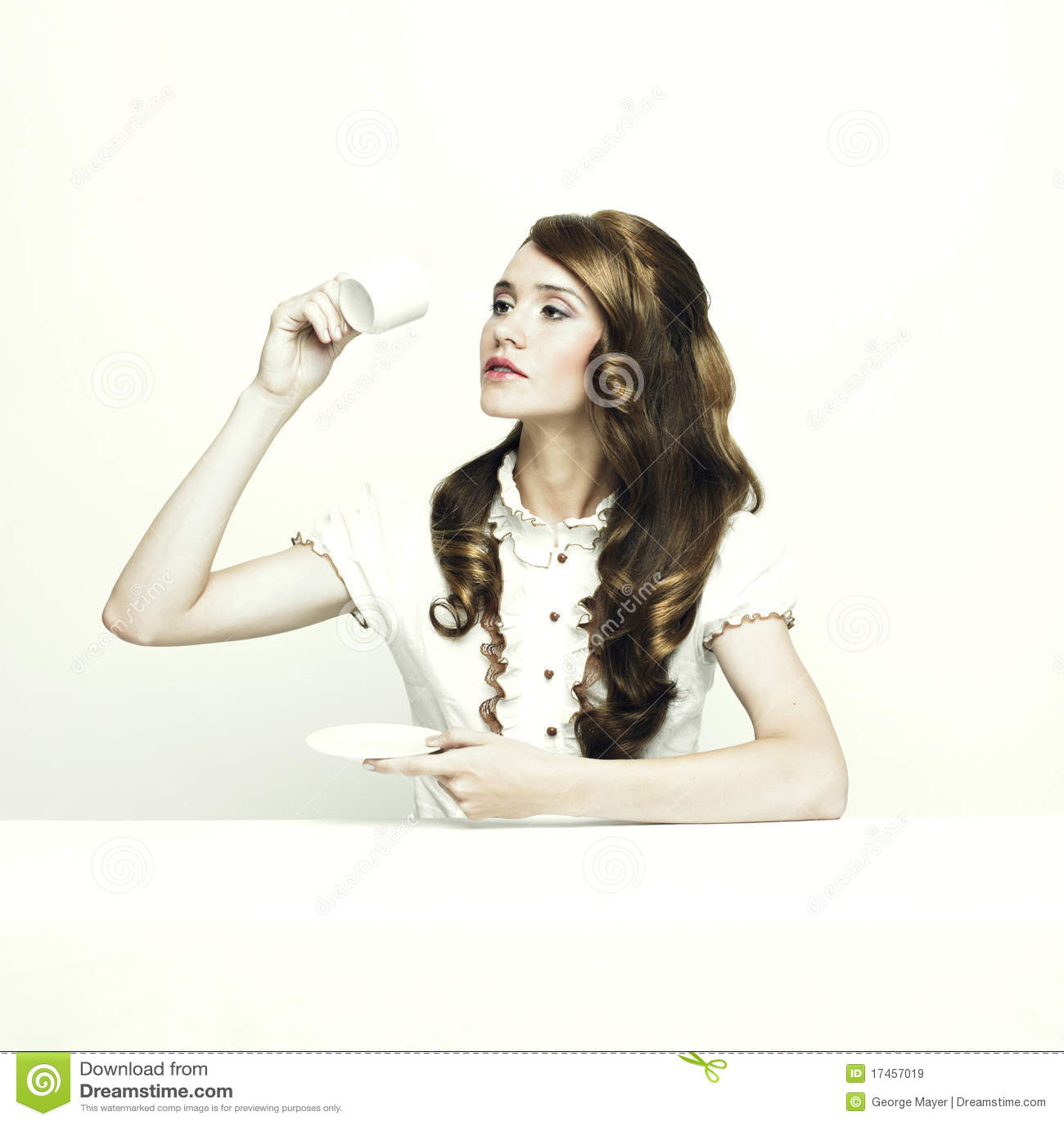 Dama elegancki stół