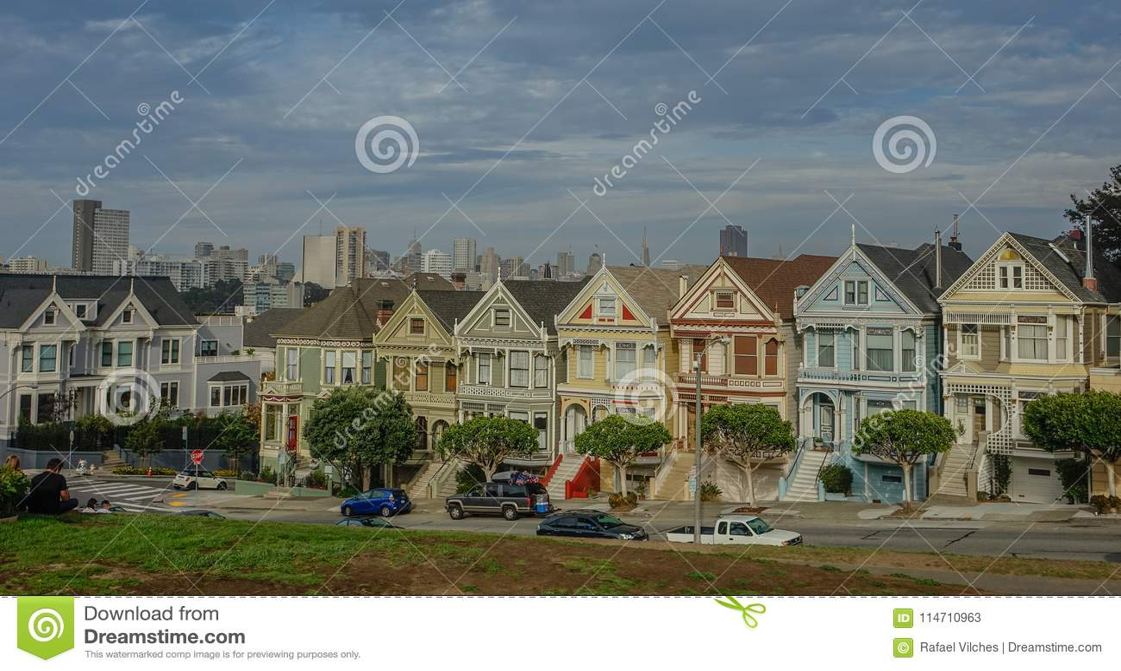 Dames peintes dans la ville de San Francisco