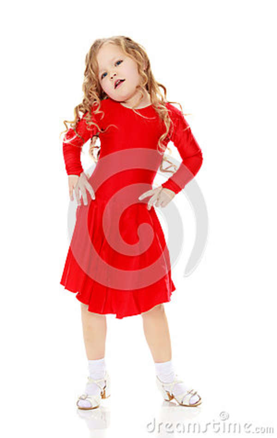 Dança da menina em um vestido vermelho brilhante