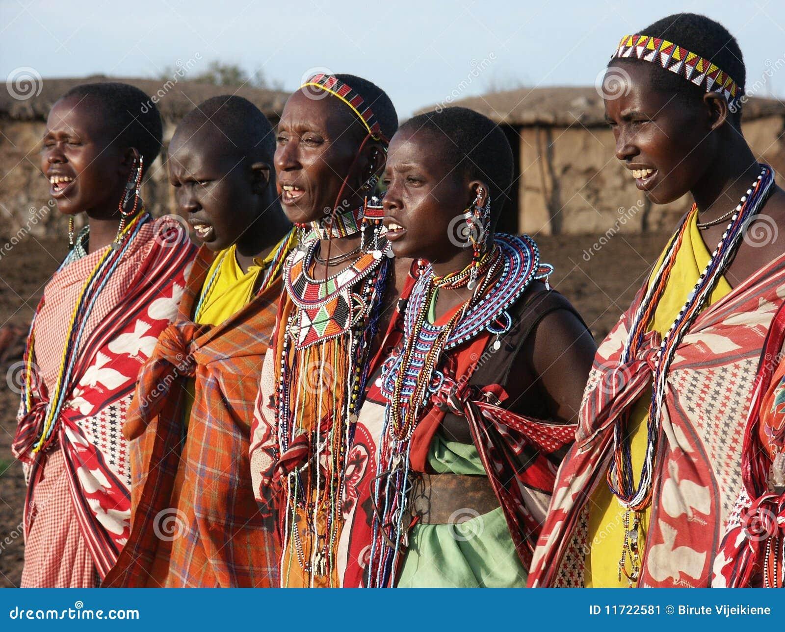 Dança das mulheres de Maasai