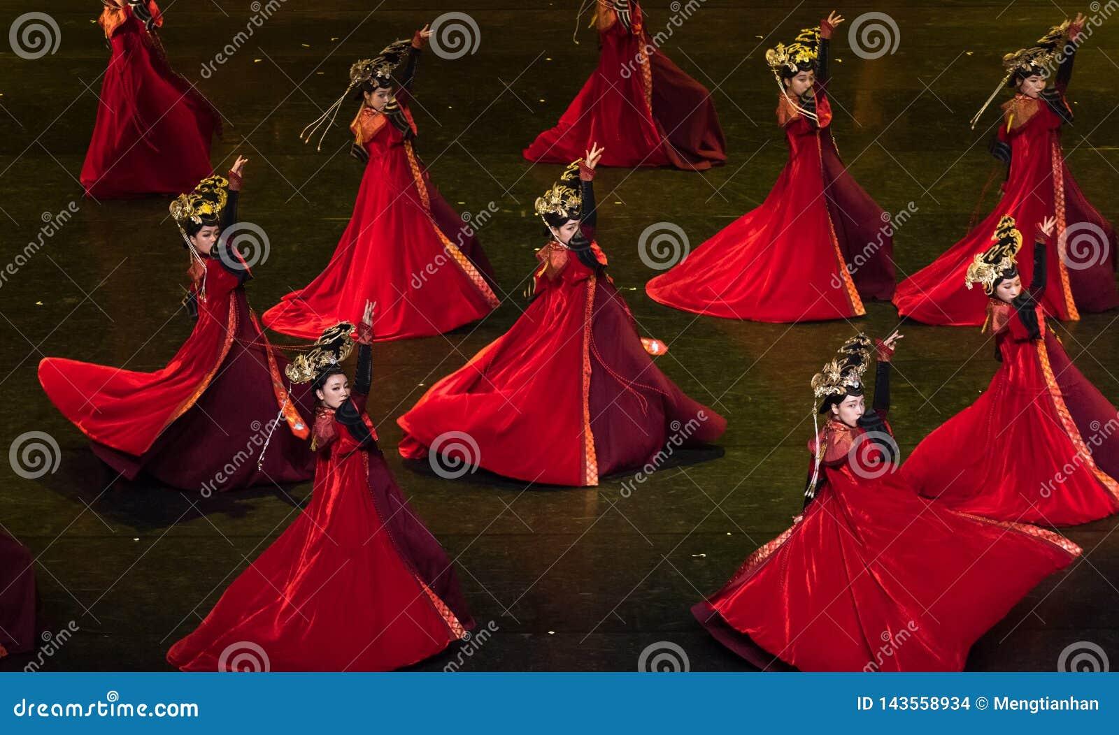 Dança de corte da dança 1-Classical de Geiger
