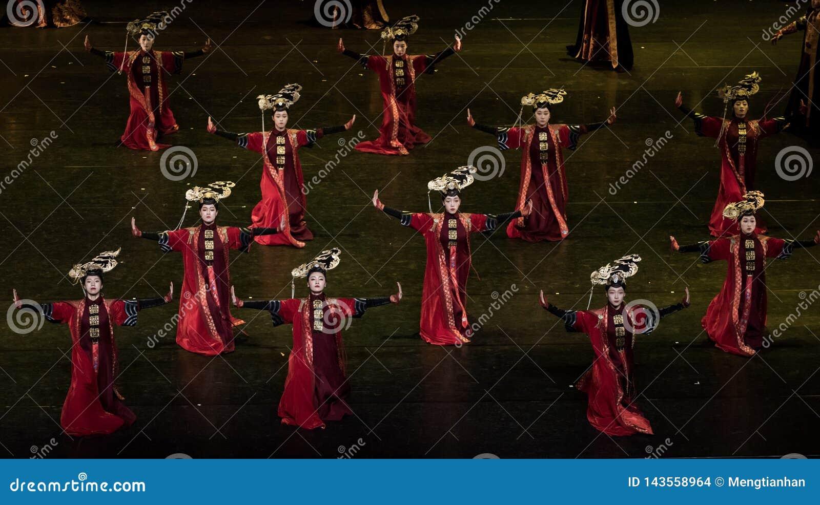 Dança de corte da dança 4-Classical de Geiger