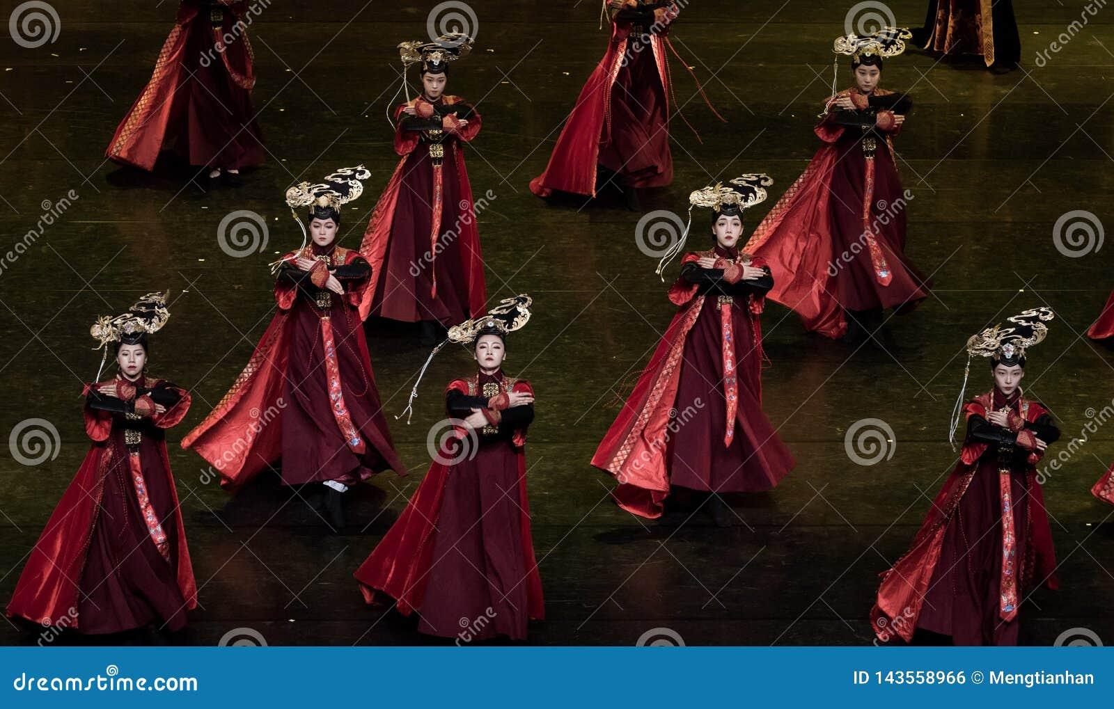 Dança de corte da dança 6-Classical de Geiger