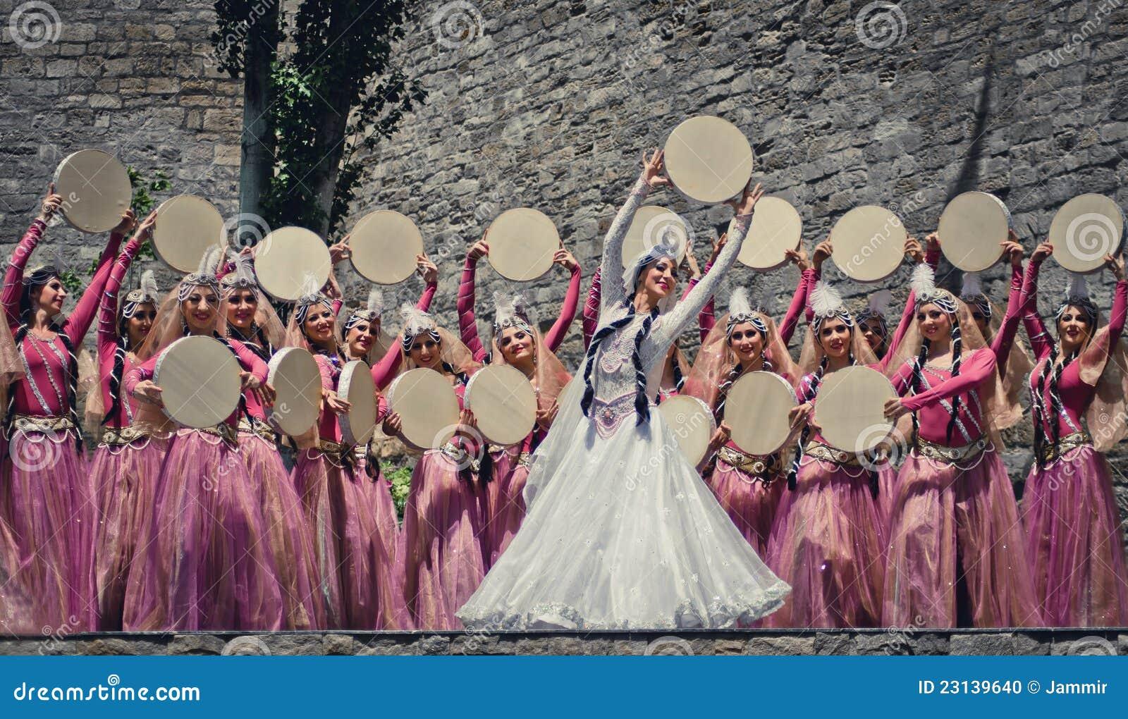 Dança nacional de Azerbaijan