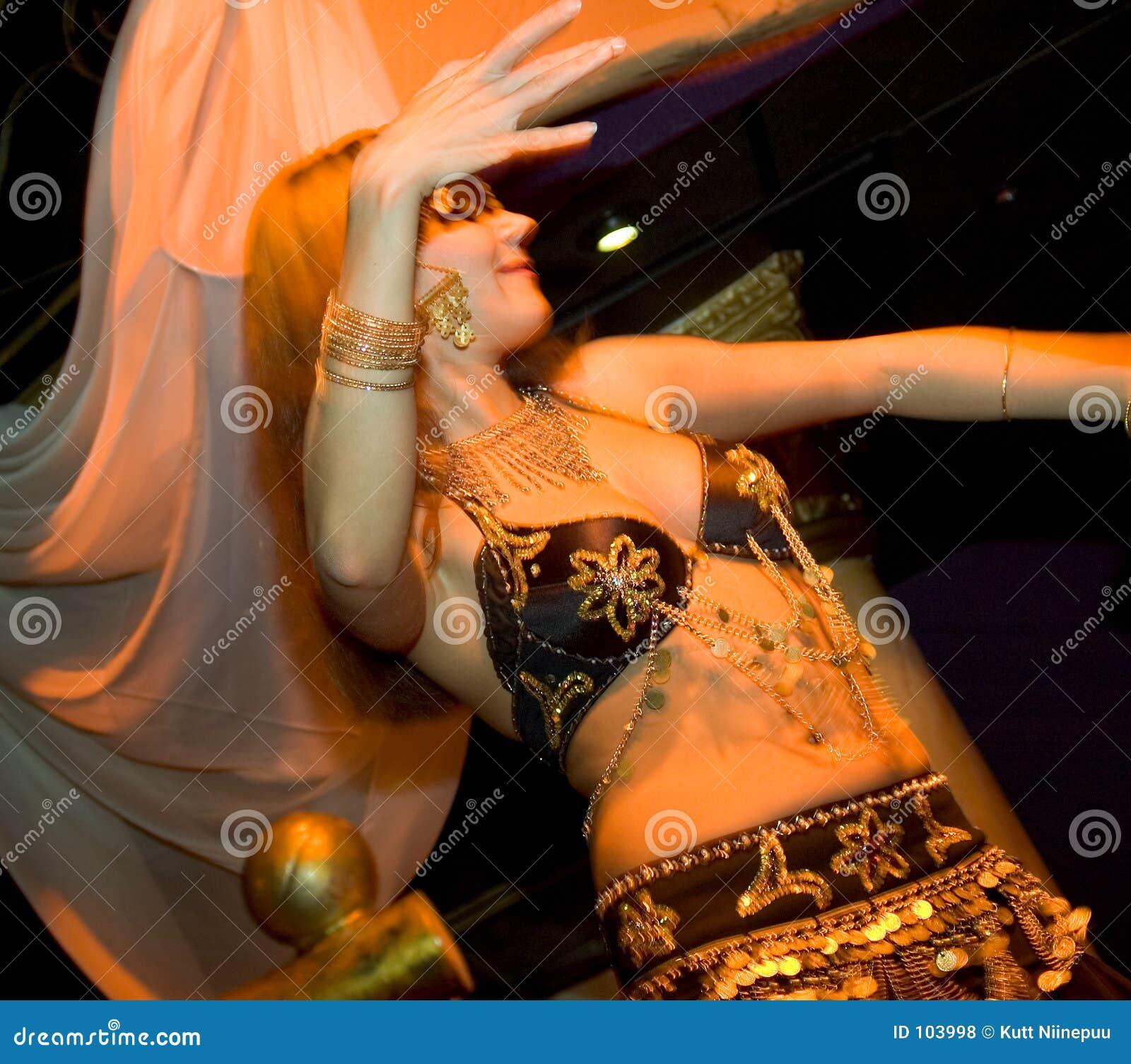Dançarino oriental