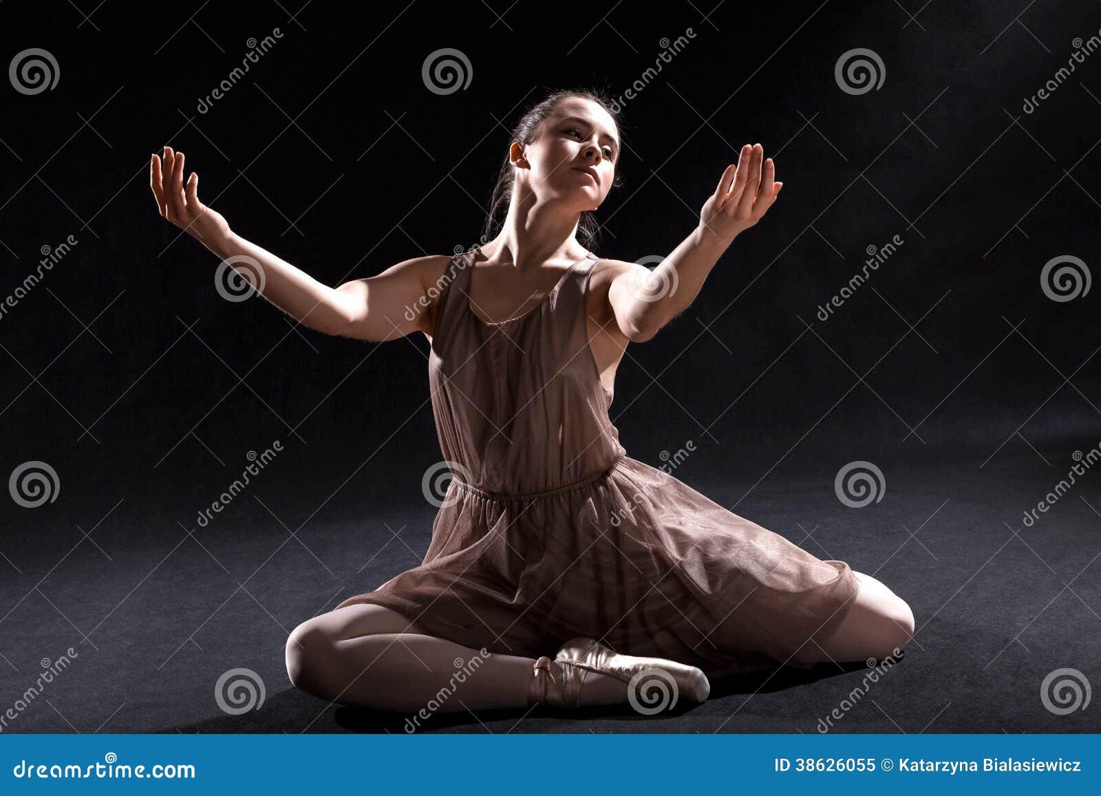 ballet dancers on stage - photo #38