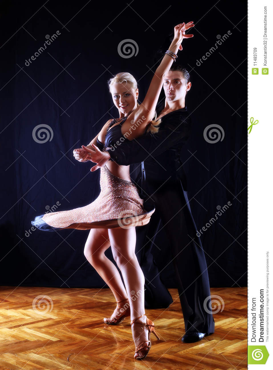 Dancers In Ballroom Royalty Free Stock Images - Image ...