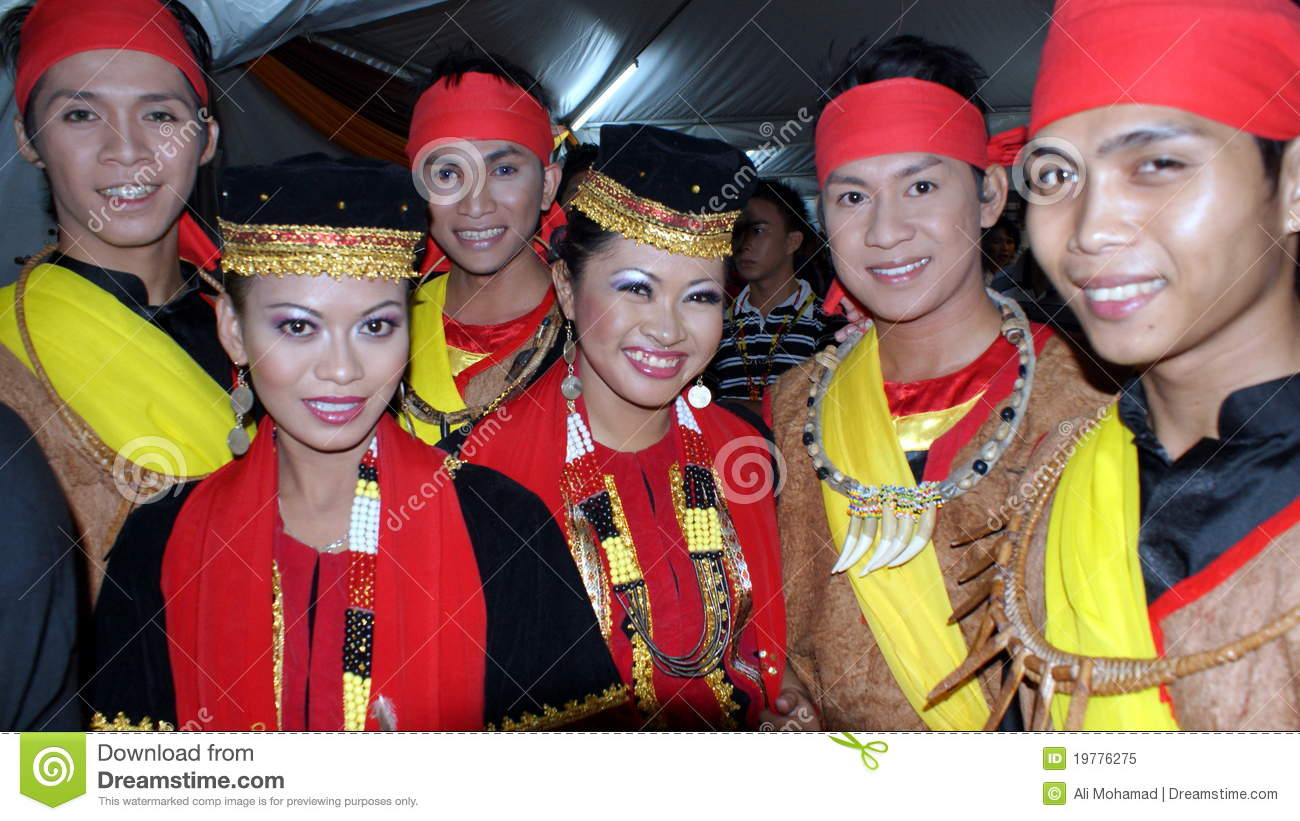 Dancers Dressed In Traditional Bidayuh Editorial Image Image Of Costume Tradition 19776275