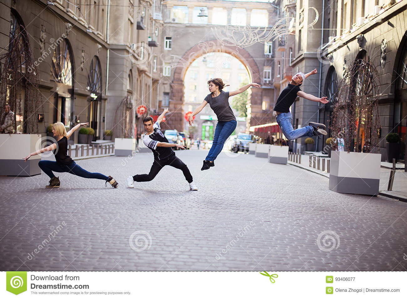 Dancers on the street