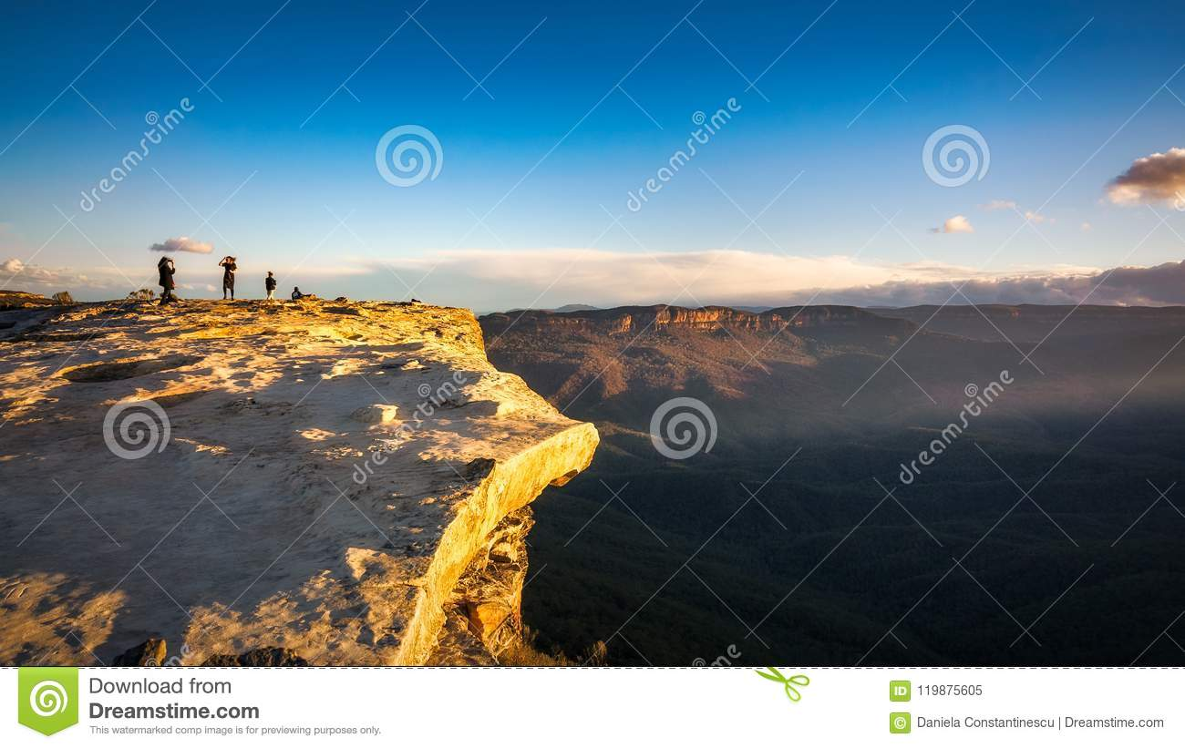 Download Dangerous Wind At Lincoln Rock Lookout Stock Image - Image of lincoln, panorama: 119875605