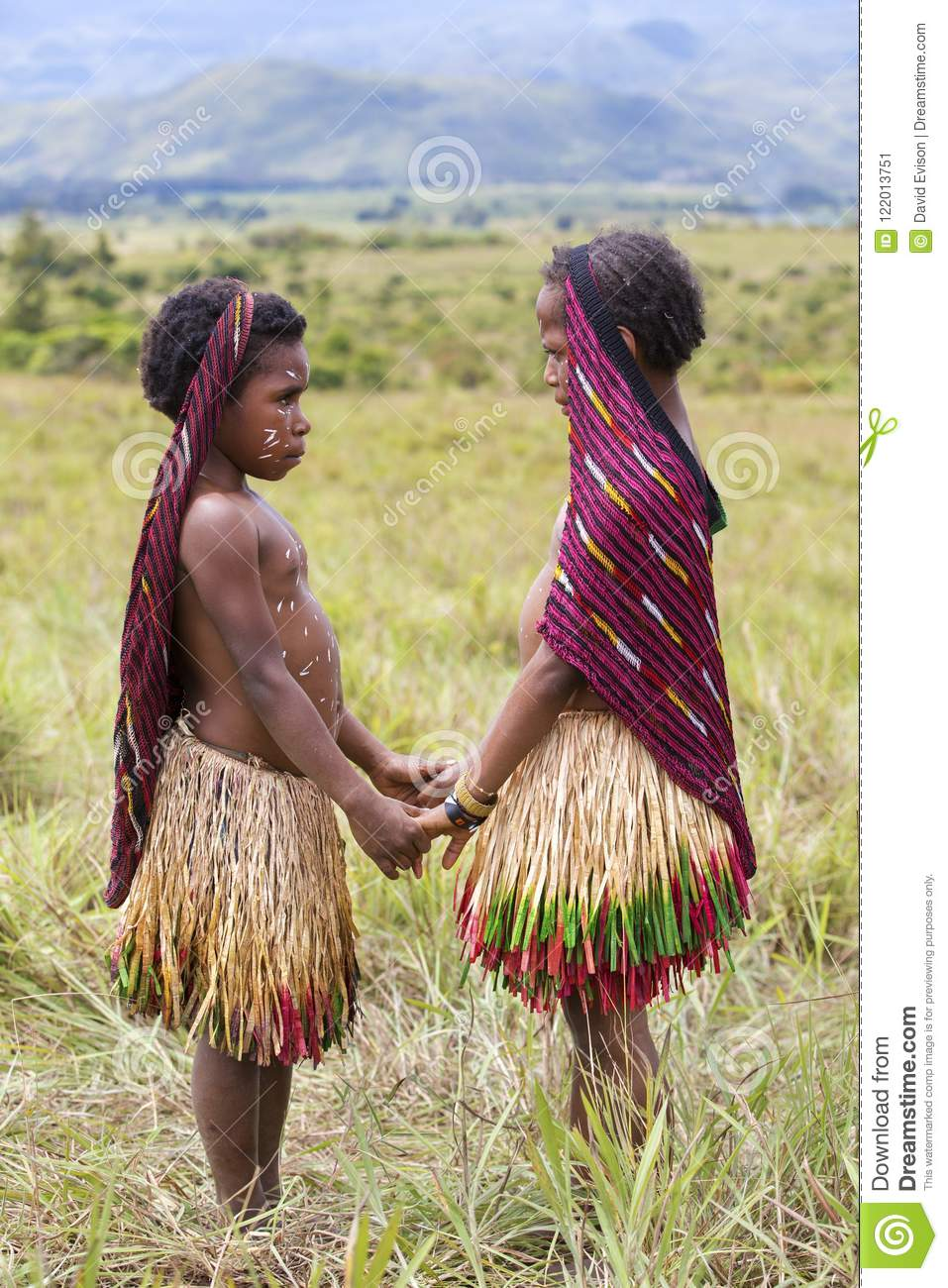 Dani Tribal Girls At The Annual Baliem Valley Festival Editorial