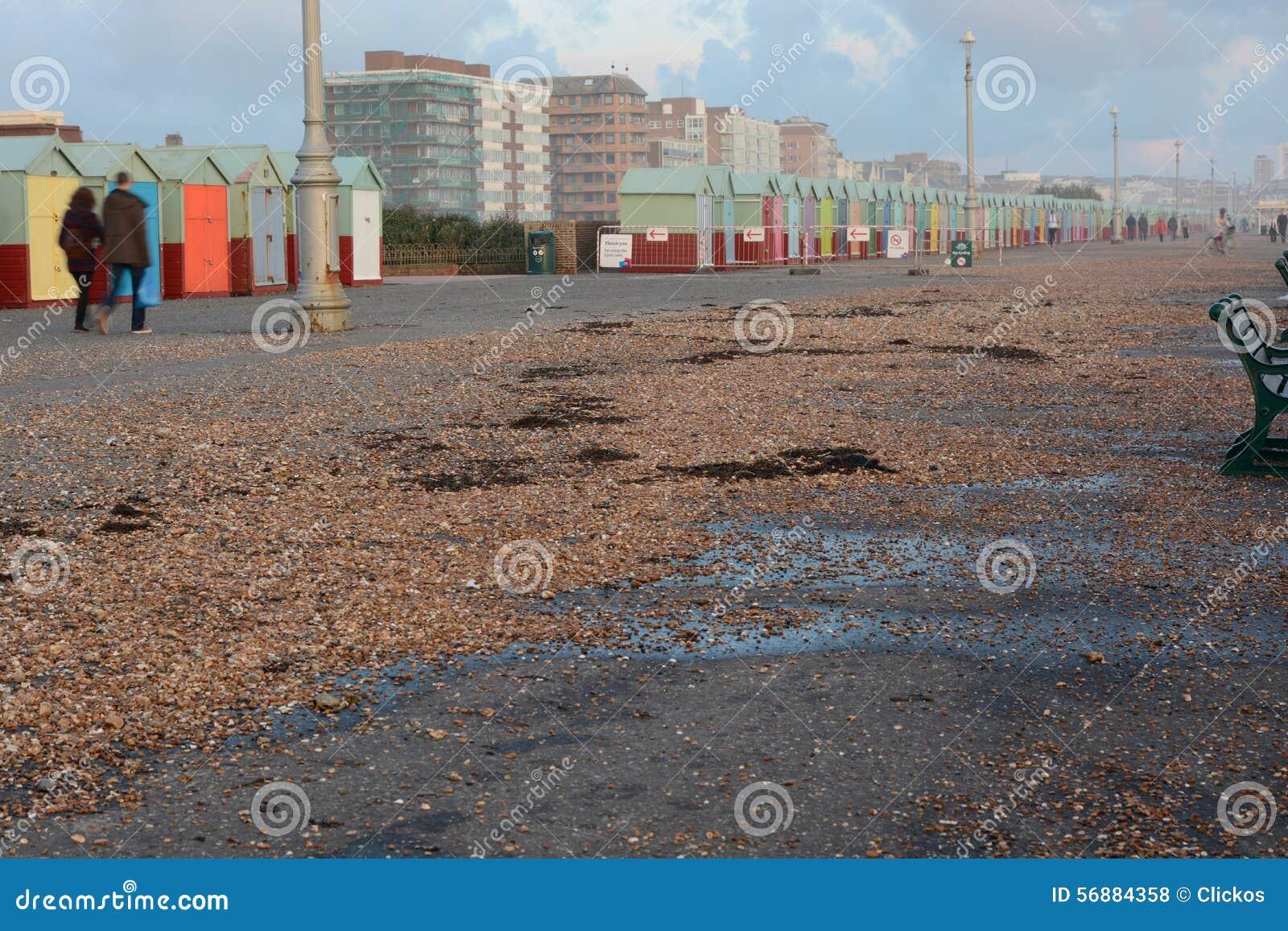Danni provocati dal maltempo di inverno sulla passeggiata di Brighton