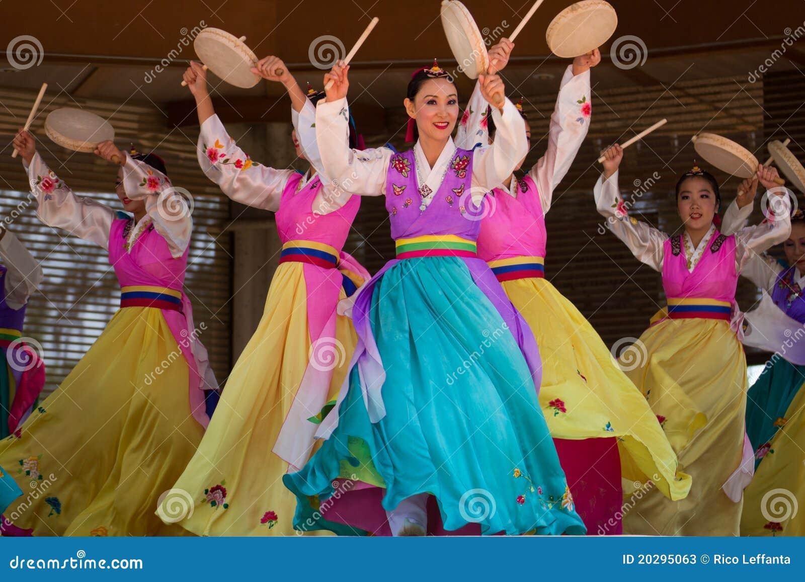 Danseurs coréens