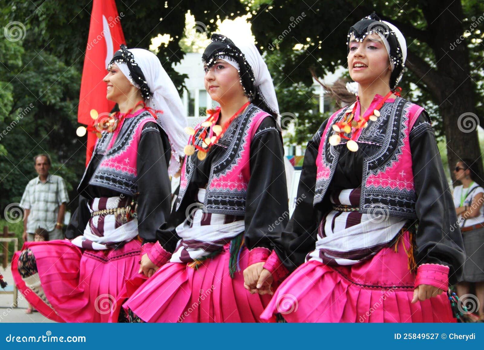 Danseurs turcs