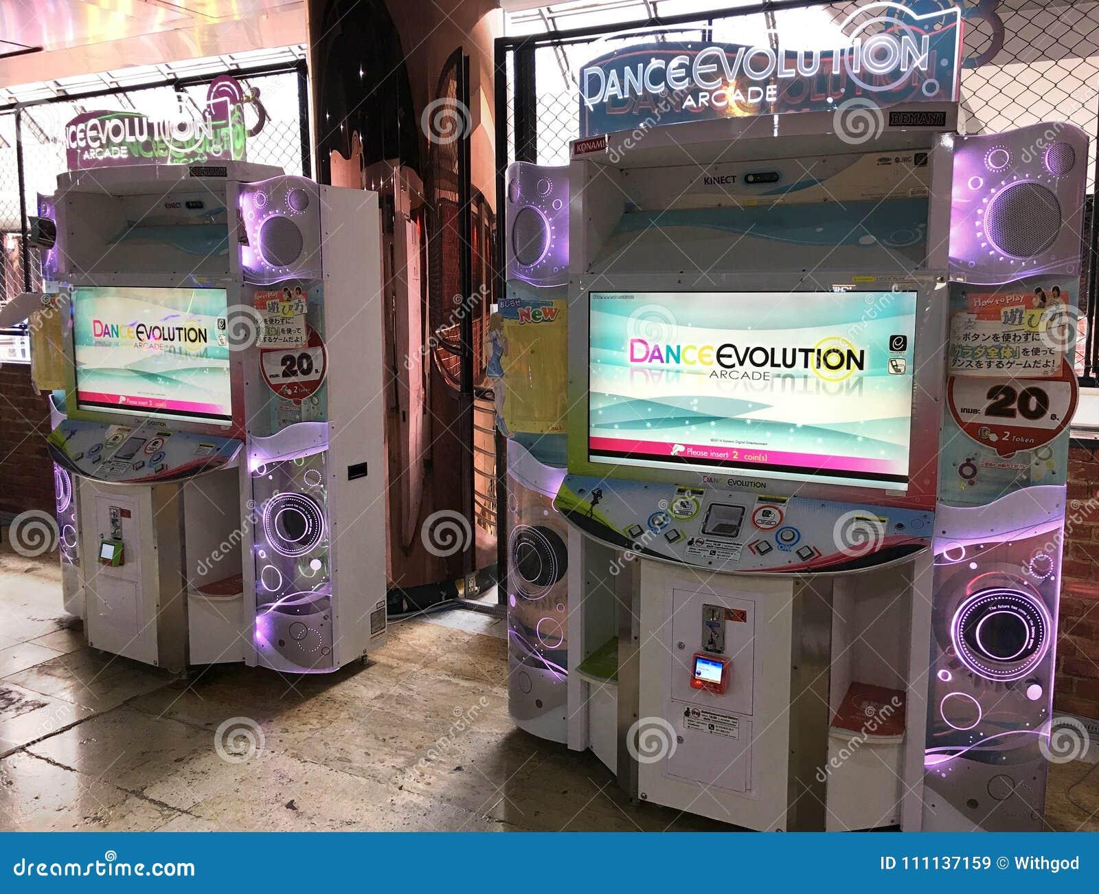 Dansez l arcade d évolution dans le mail de MBK, Bangkok