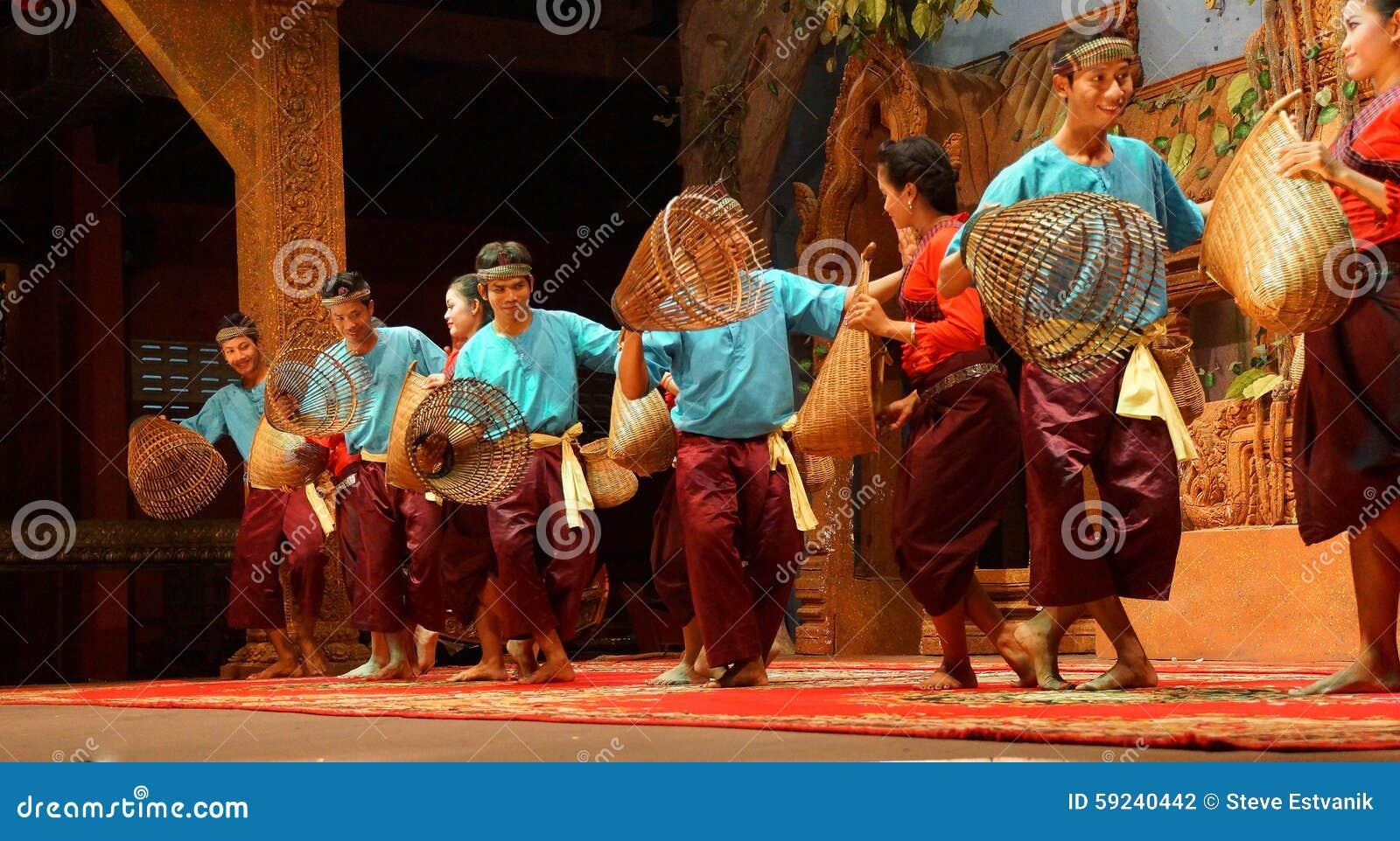 Download Danza Camboyana Tradicional De La Cesta Fotografía editorial - Imagen de decreto, dancing: 59240442