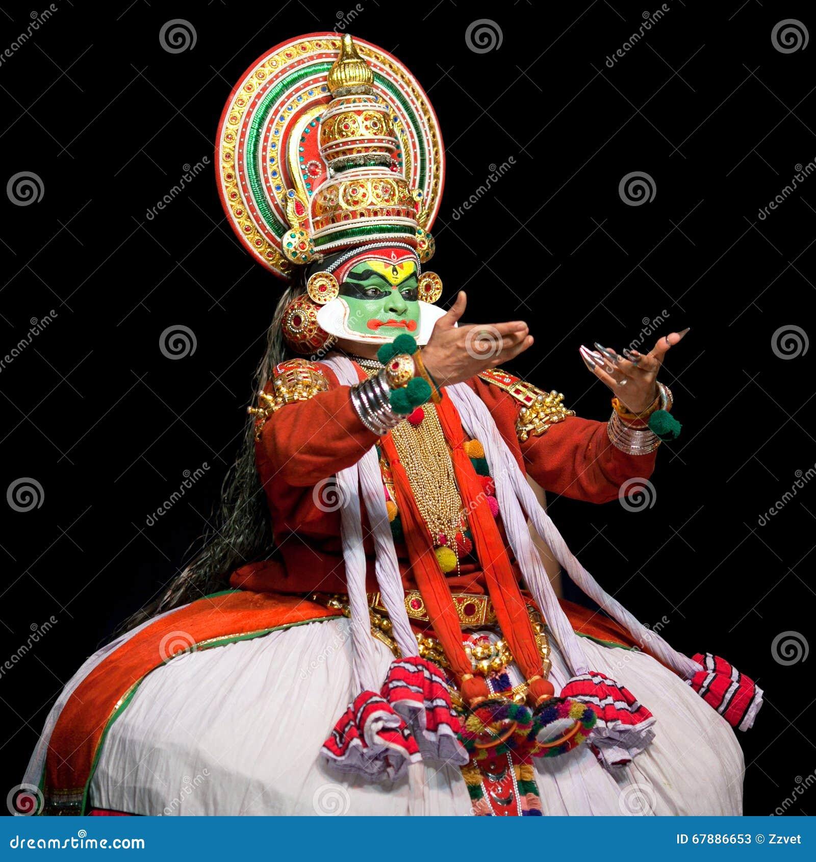 Danza de Kathakali en Kerala, la India del sur