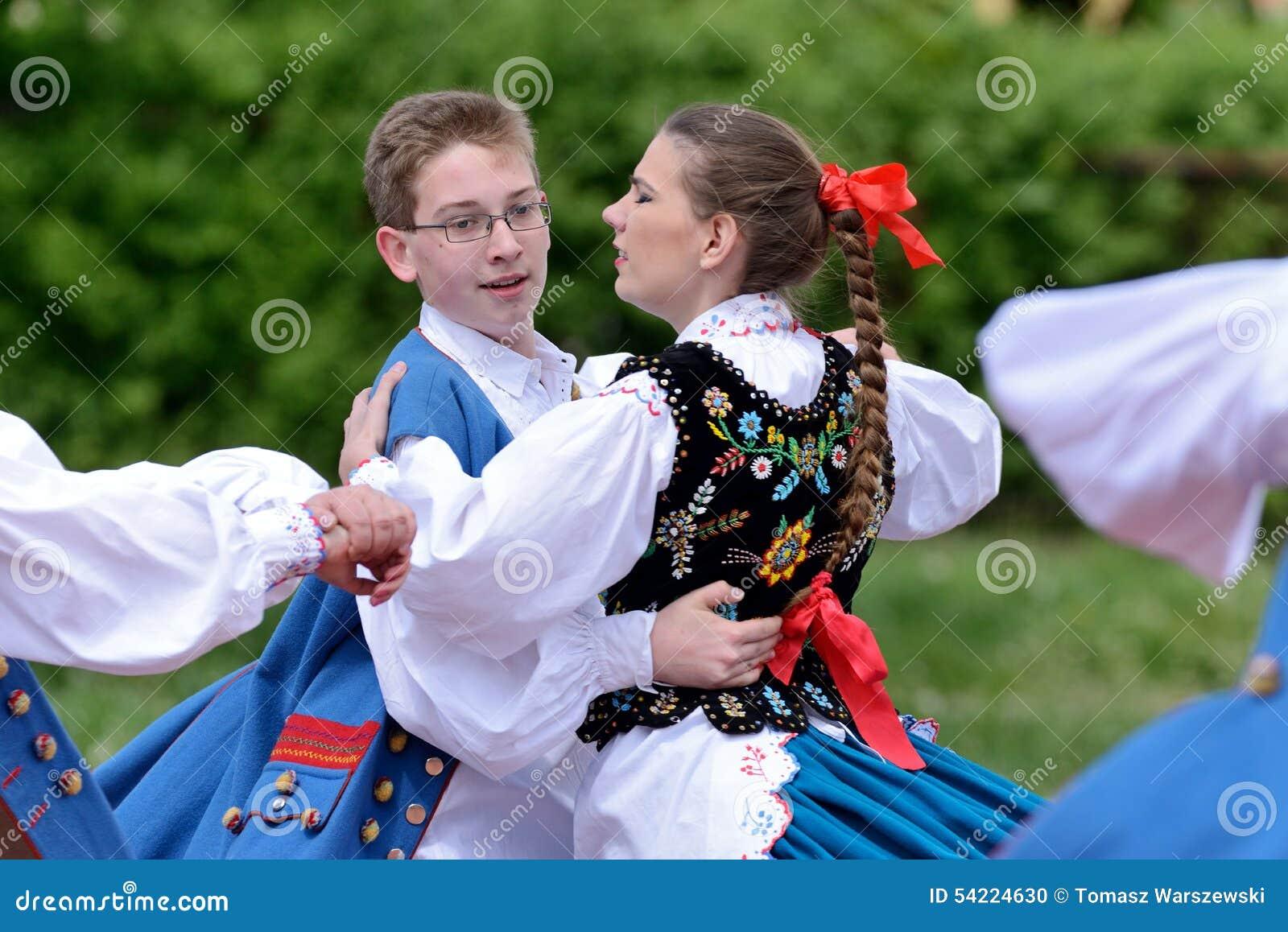 Danza Popular Tradicional Polaca Imagen Editorial