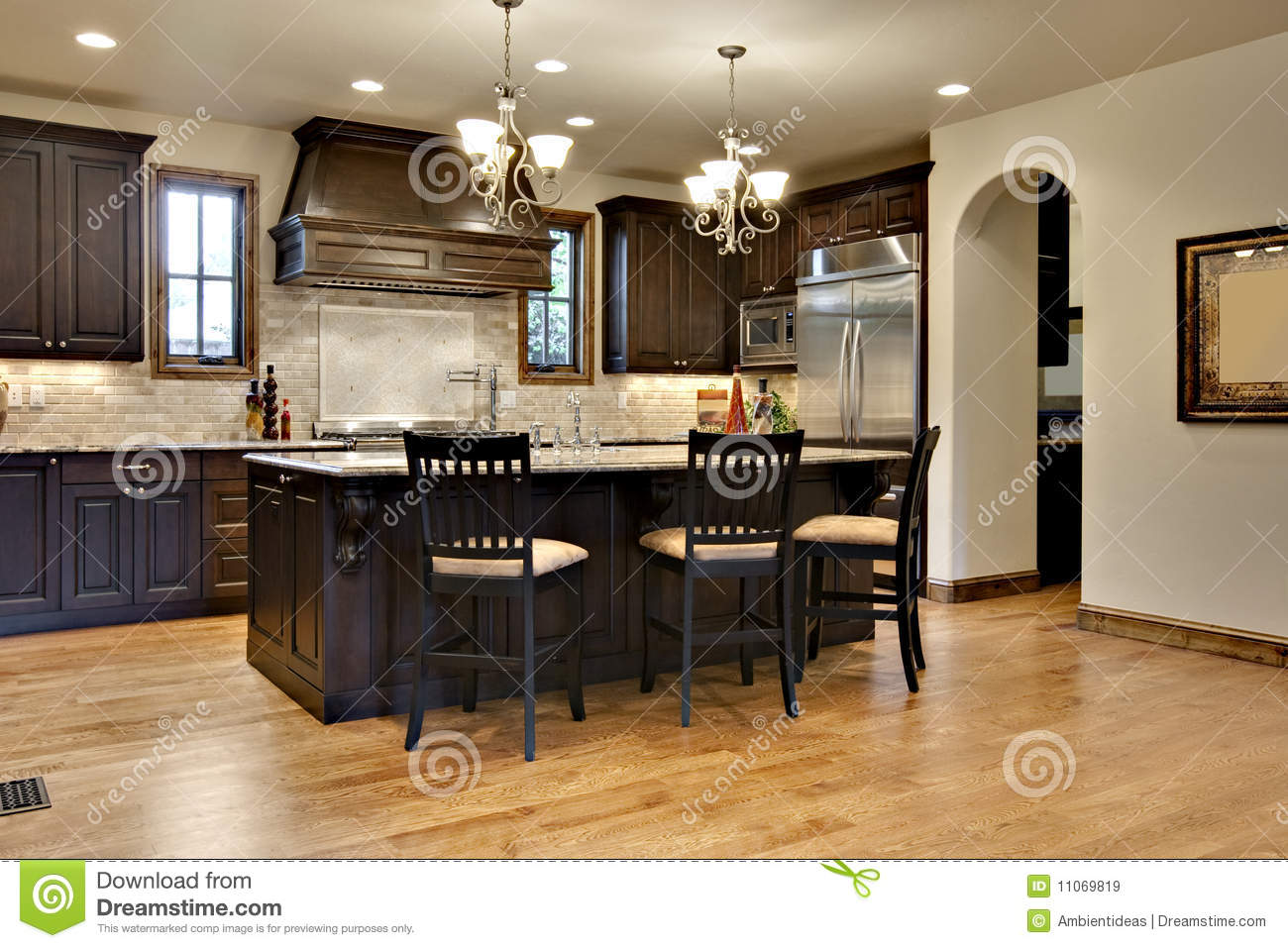 Dark Wood Kitchen With Granite Counters Royalty Free Stock Images ...