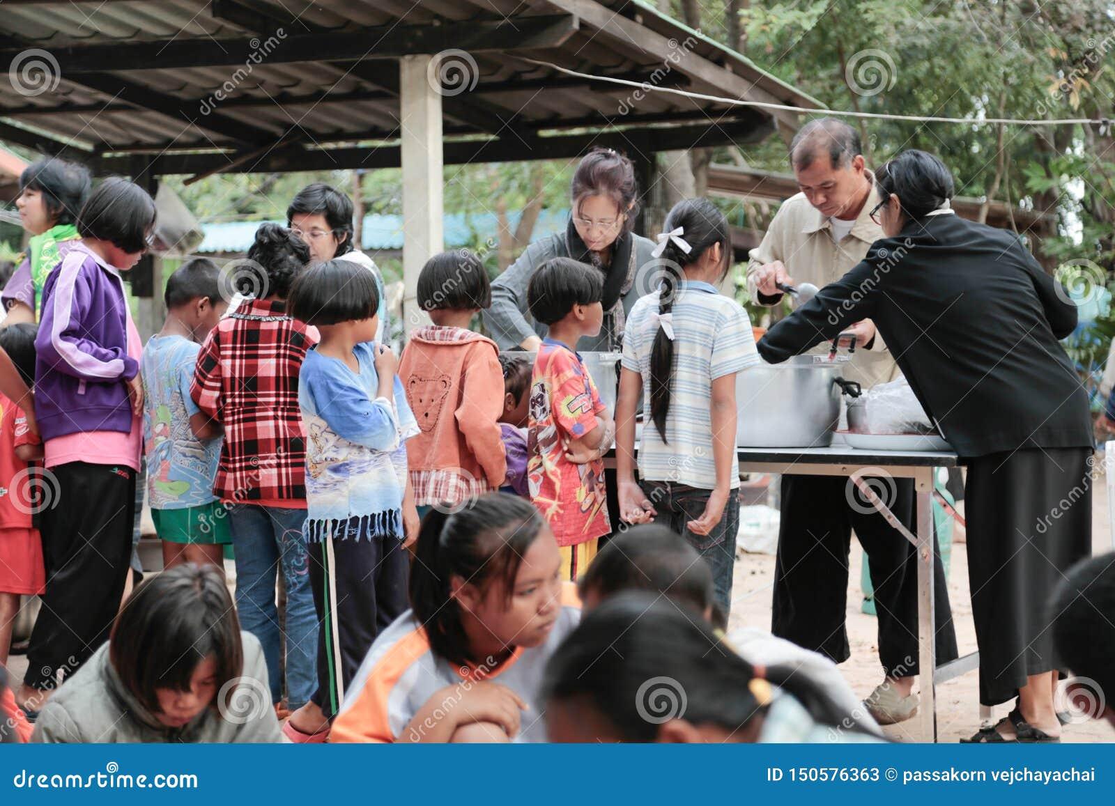 Darowizna jedzenie dzieci