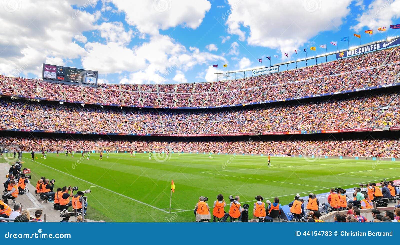 das größte fußballstadion