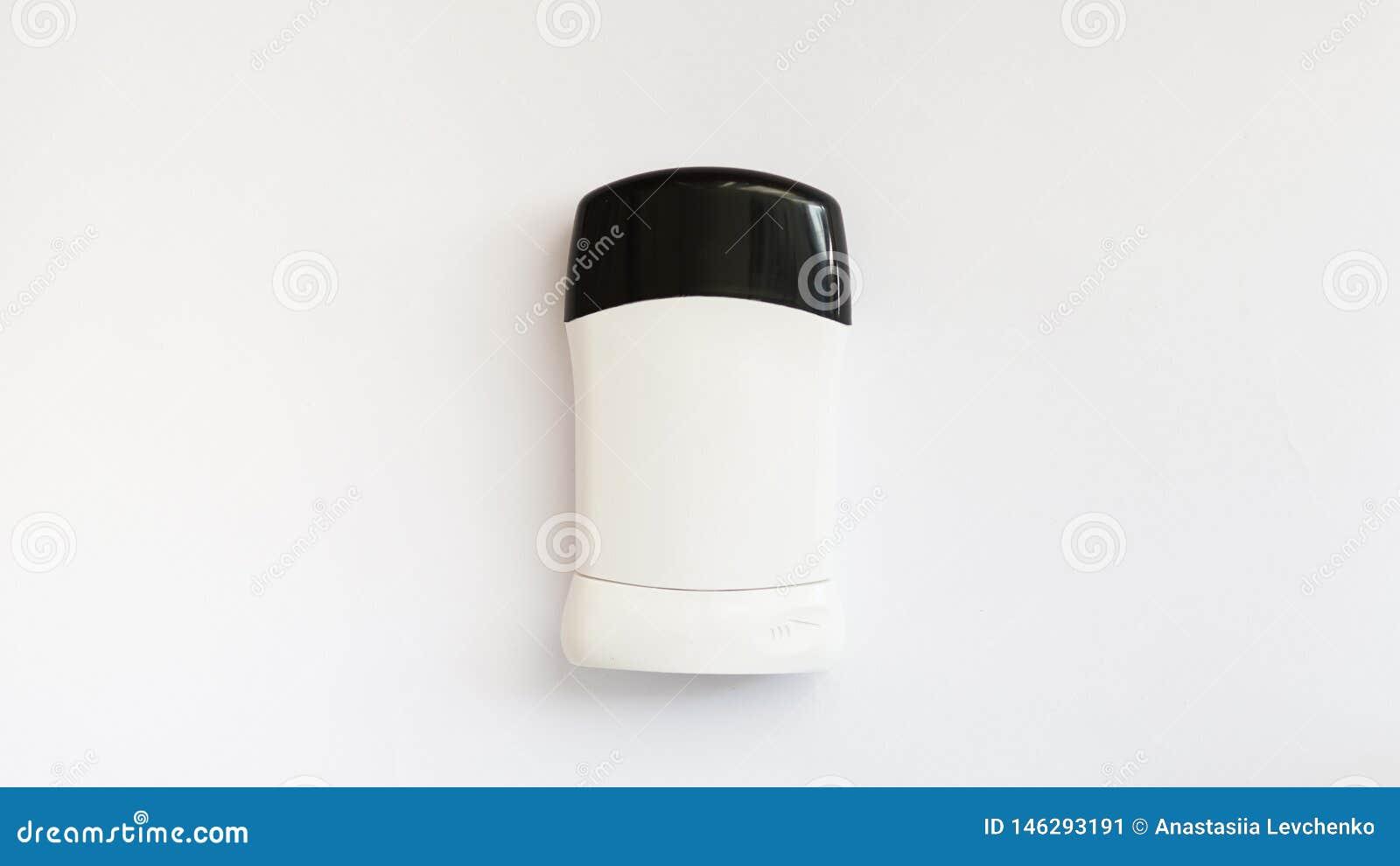 Das desodorierende Mittel der Männer für den Körper lokalisiert auf weißem Hintergrund