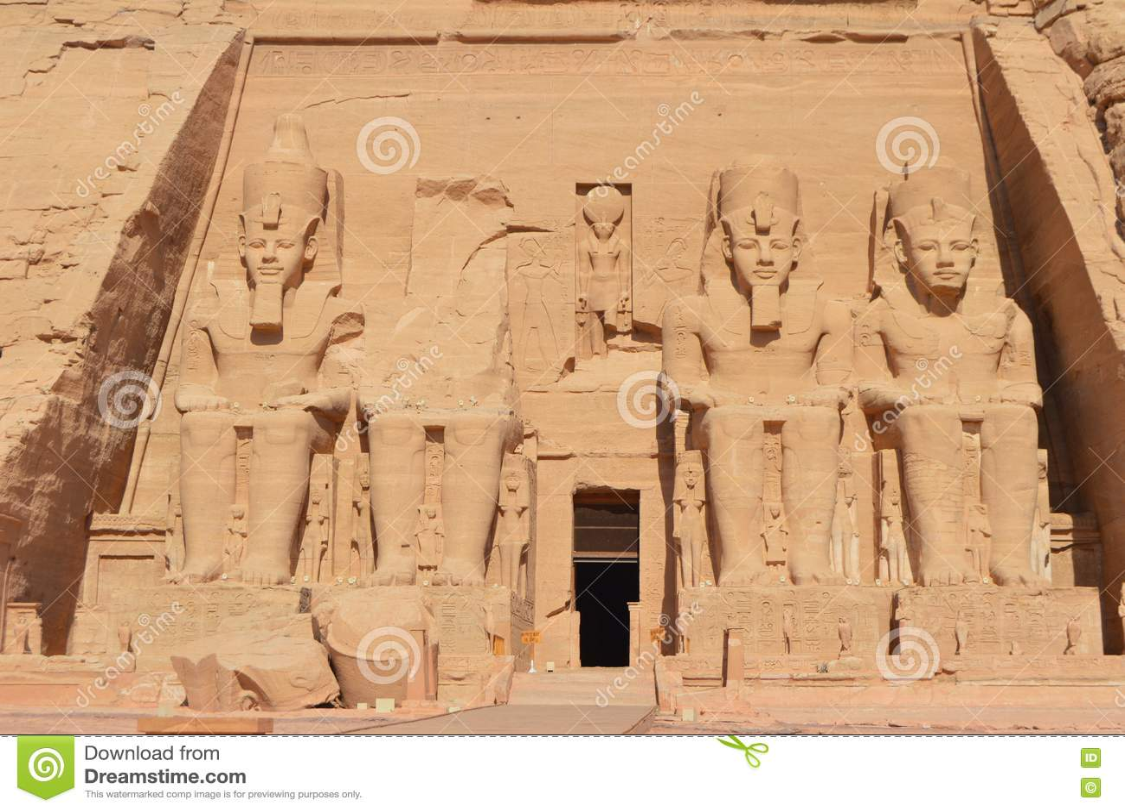 Das eindrucksvolle alte Monument bei Abu Simbel