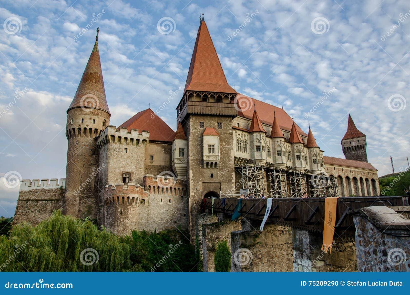 Das Hunyad-Schloss, alias Corvin-Schloss, Siebenbürgen