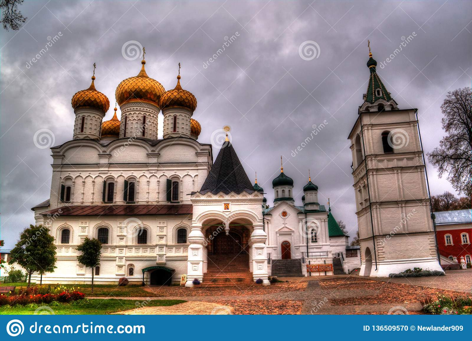 Das Ipatiev-Kloster der Heiligen Dreifaltigkeit in Kostroma, Russland