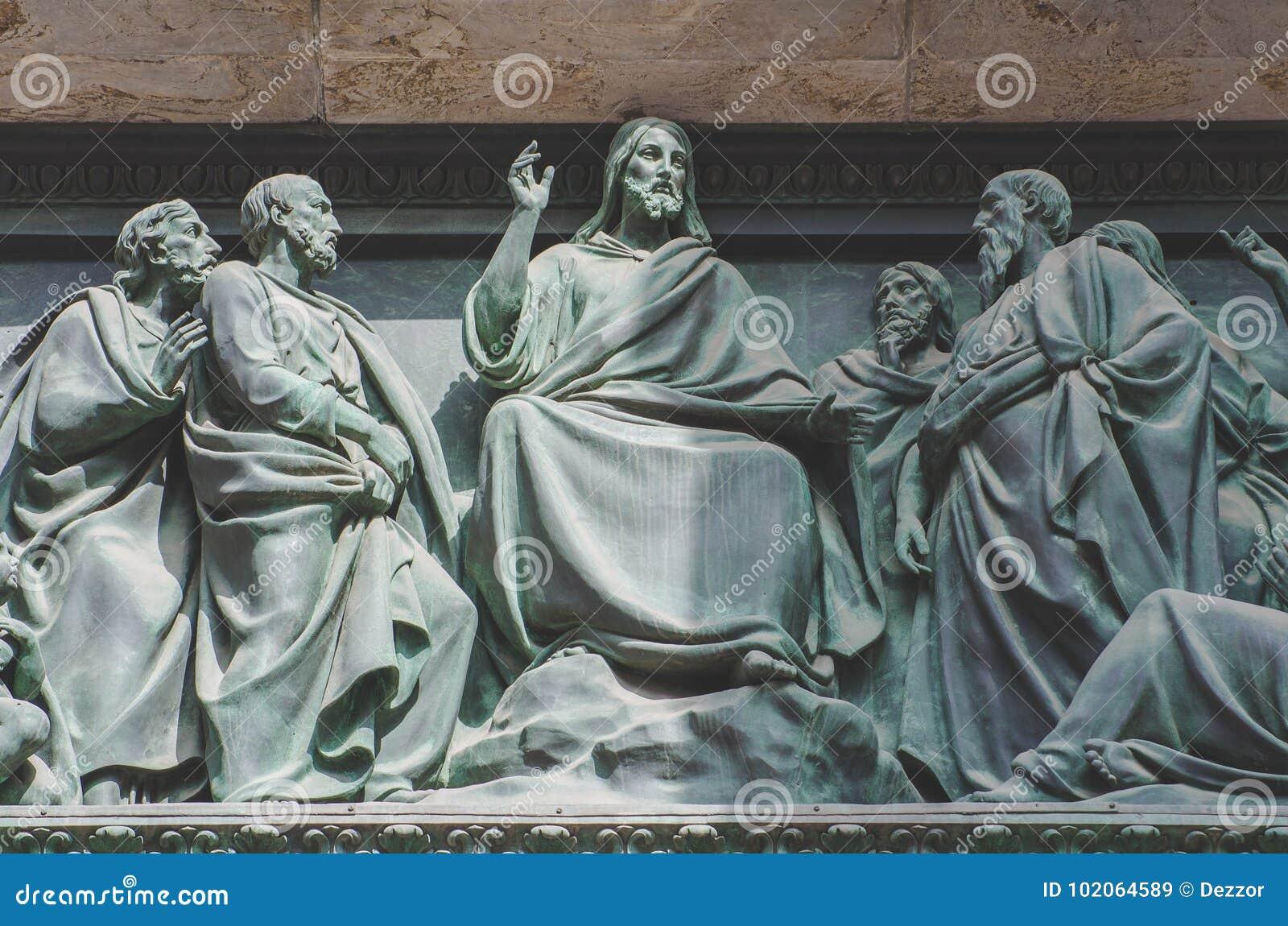 Das letzte Abendessen, Jesus die Statue einer Freskomalerei auf einem Stein