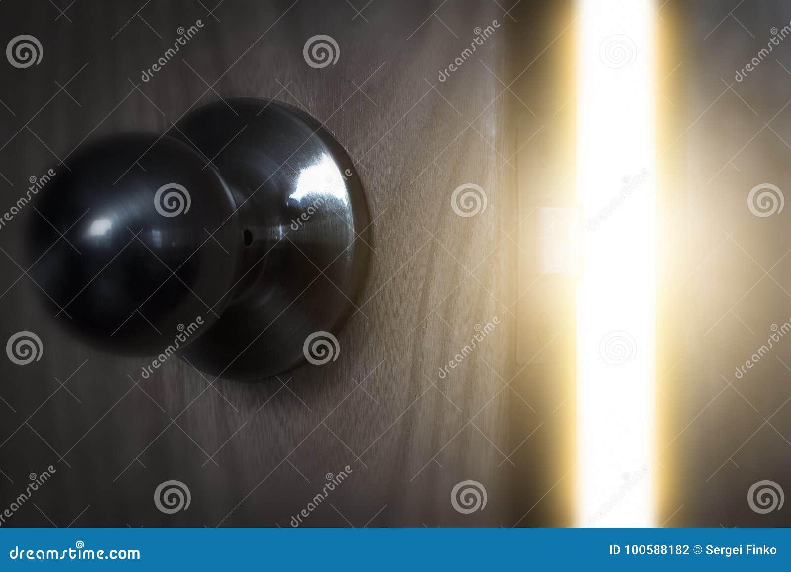 Das Licht durch die offene Tür