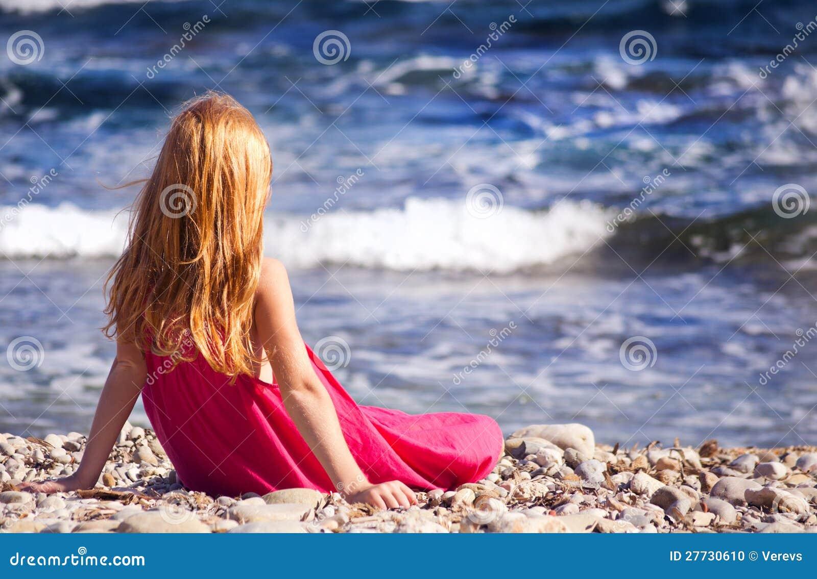 Das Mädchen auf dem Strand